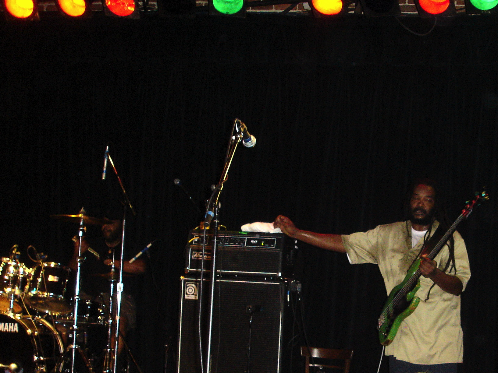 File:Bad Brains-11.jpg - Wikimedia Commons