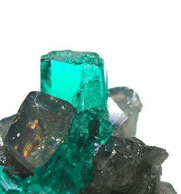 File:Beryl-Calcite-d05-4a.jpg