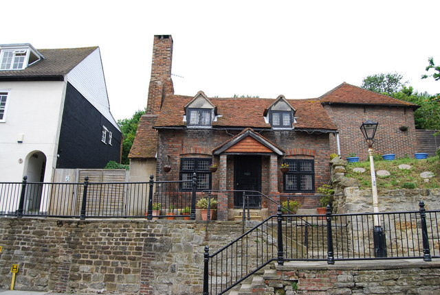 Brick cottage on the High St, Hastings Old Town - geograph.org.uk - 1352502