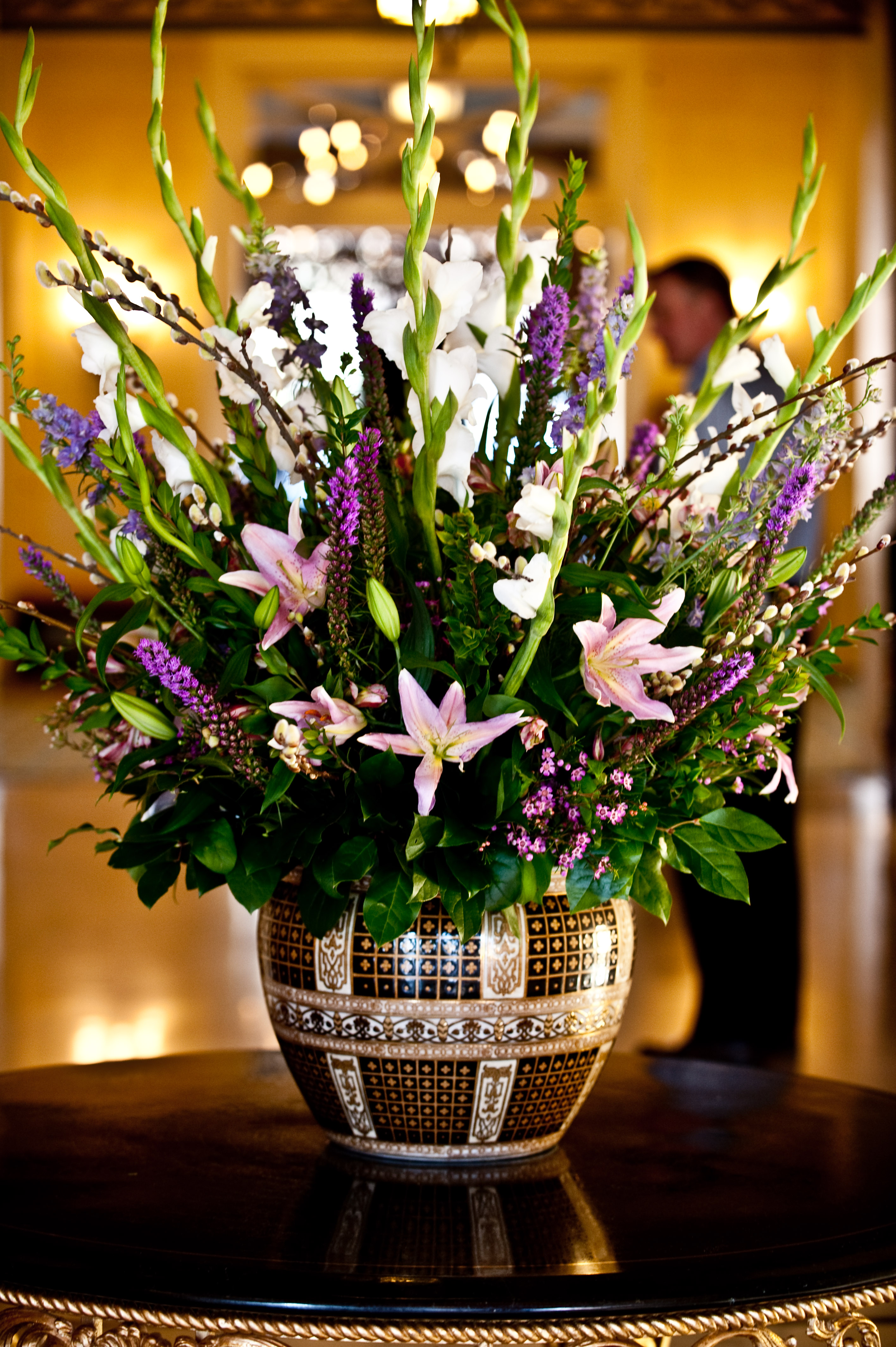 File Broadmoor Hotel Flowers Jpg Wikimedia Commons