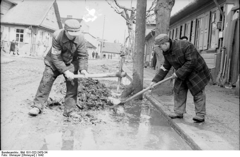 Bundesarchiv_Bild_101I-322-2470-34,_Russ
