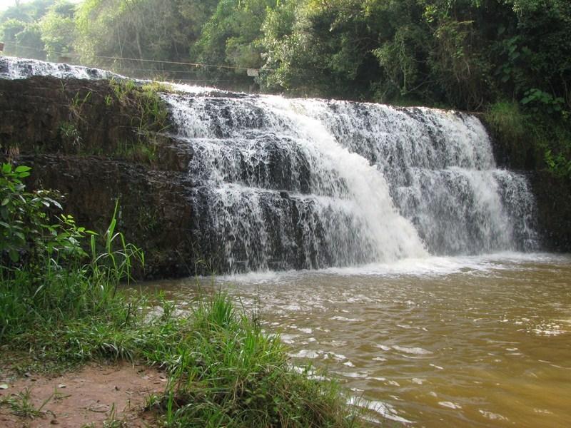 Cachoeira do escorregador.jpg