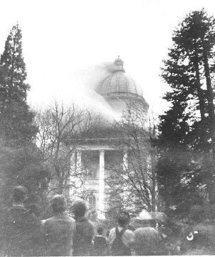Historic photo of the Oregon State Capitol fire. This Week in Cascadia: April 22nd - 28th