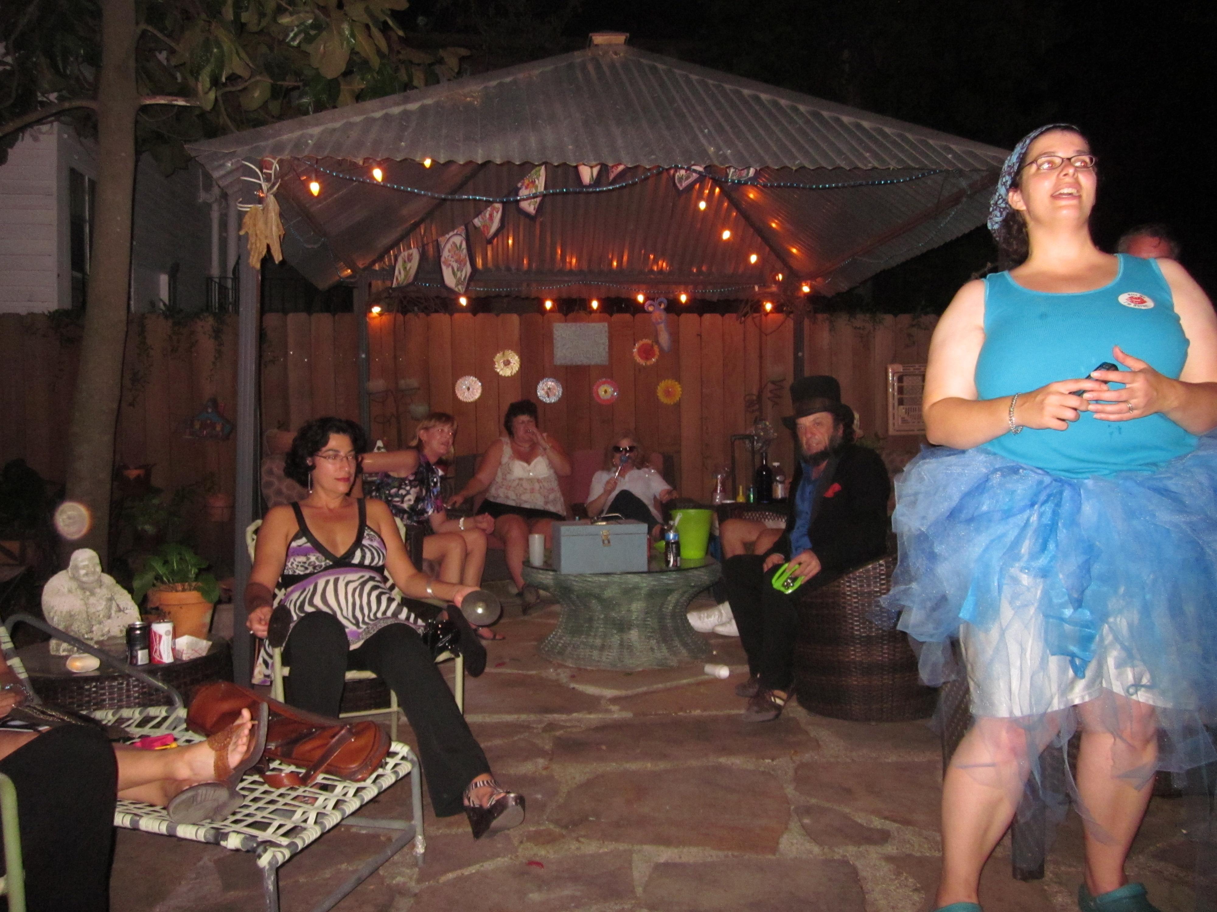 file carrollton party back yard wikimedia commons