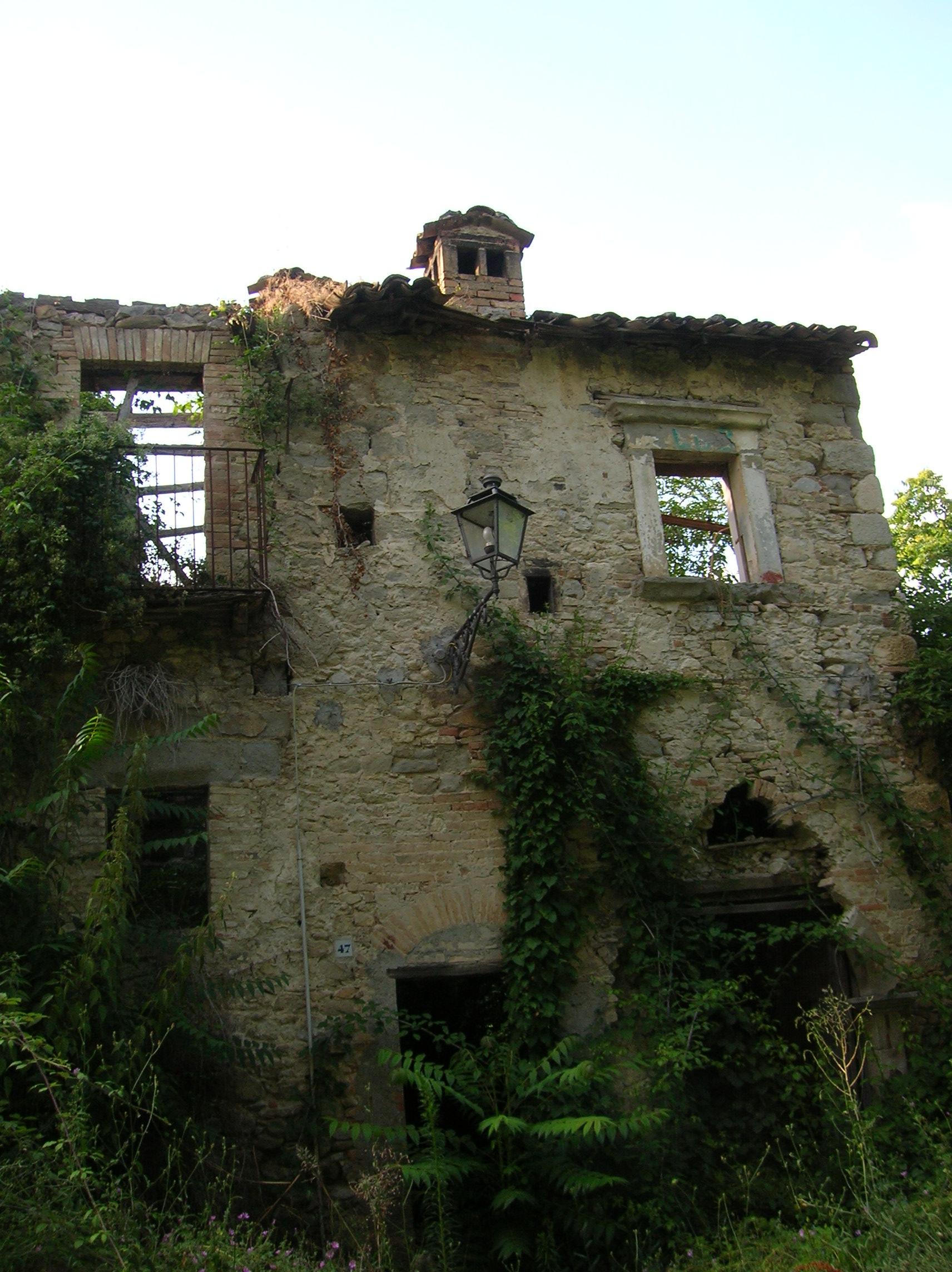 Forum contest abitazioni rurali dimenticate for Case abbandonate italia