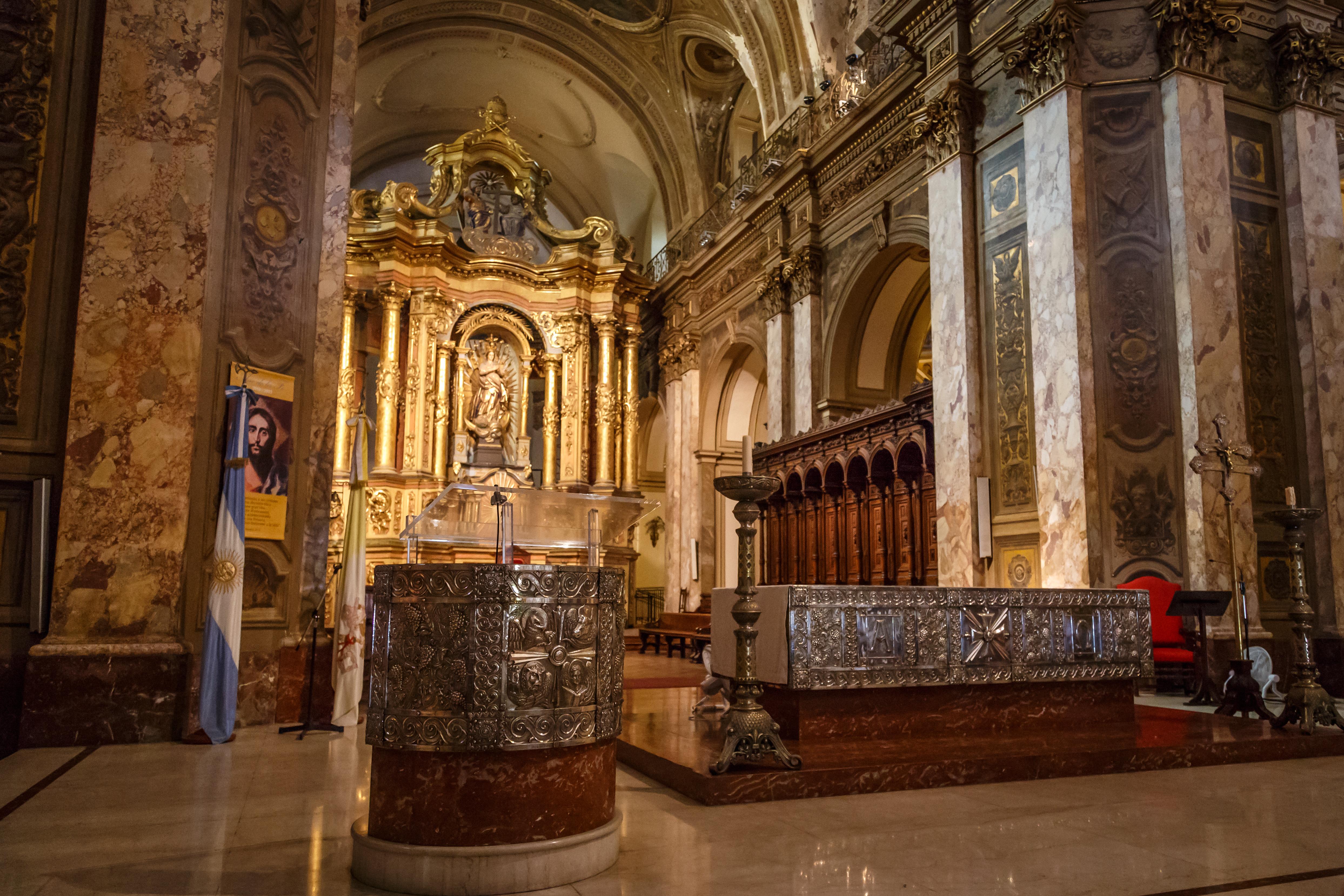 File catedral metropolitana de buenos aires 20130309 for Interieur forma buenos aires