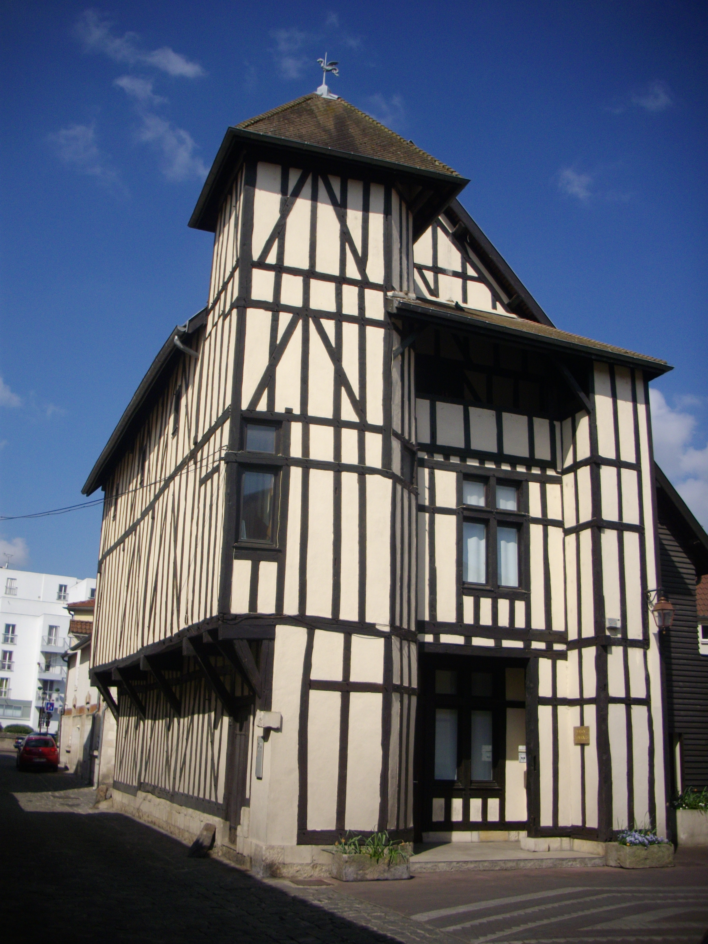 Maison chalons en champagne avie home for 51000 reims