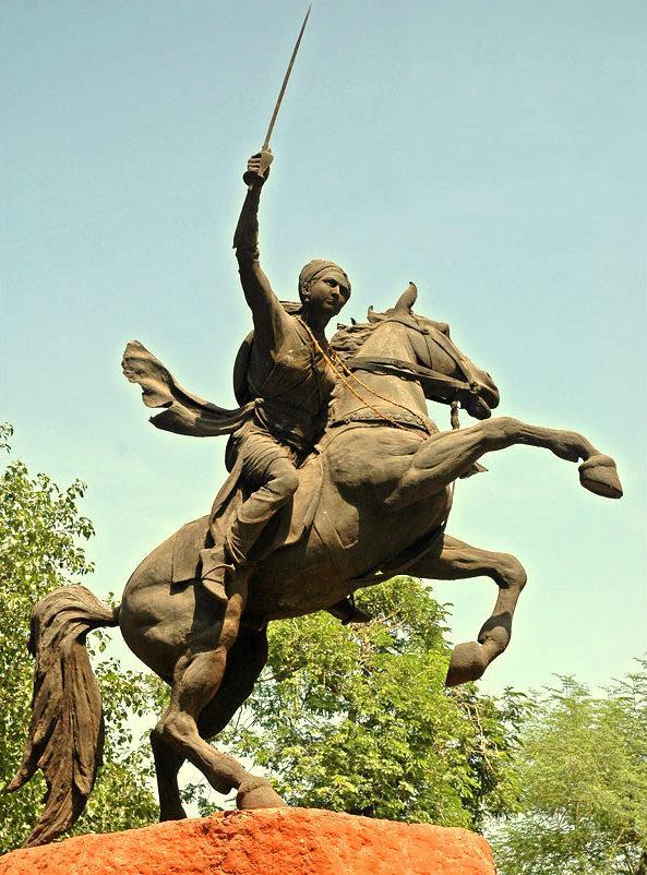 file chattri of maharani laxmi bai gwalior panoramio jpg