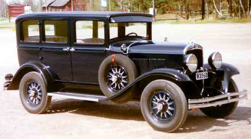 File Chrysler Series 66 4 Door Royal Sedan 1930 Jpg Wikimedia Commons