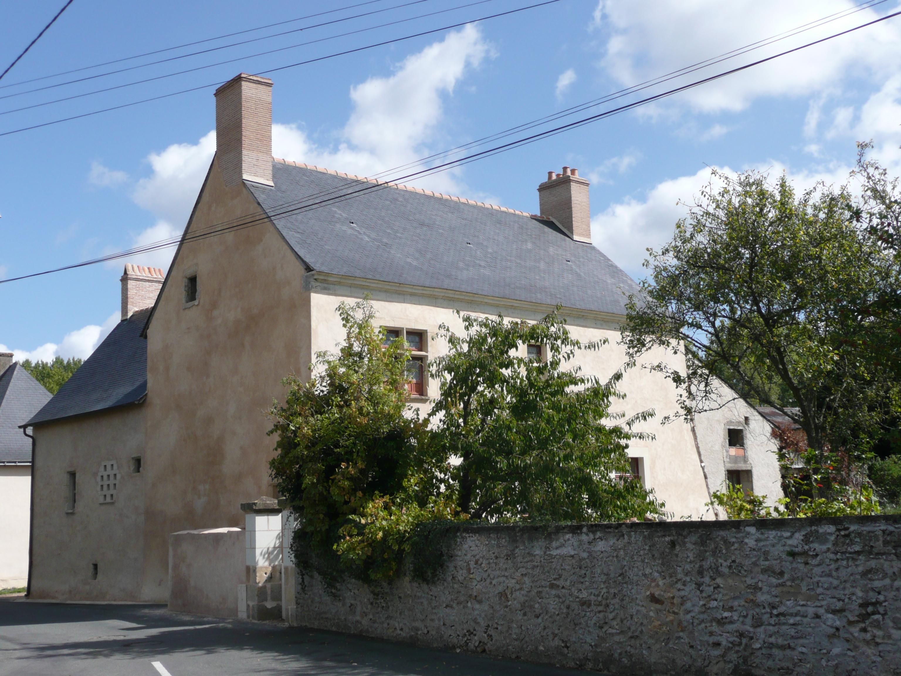 L 39 ancien logis seigneurial de clefs ch teau france for Logis de france annecy et environs
