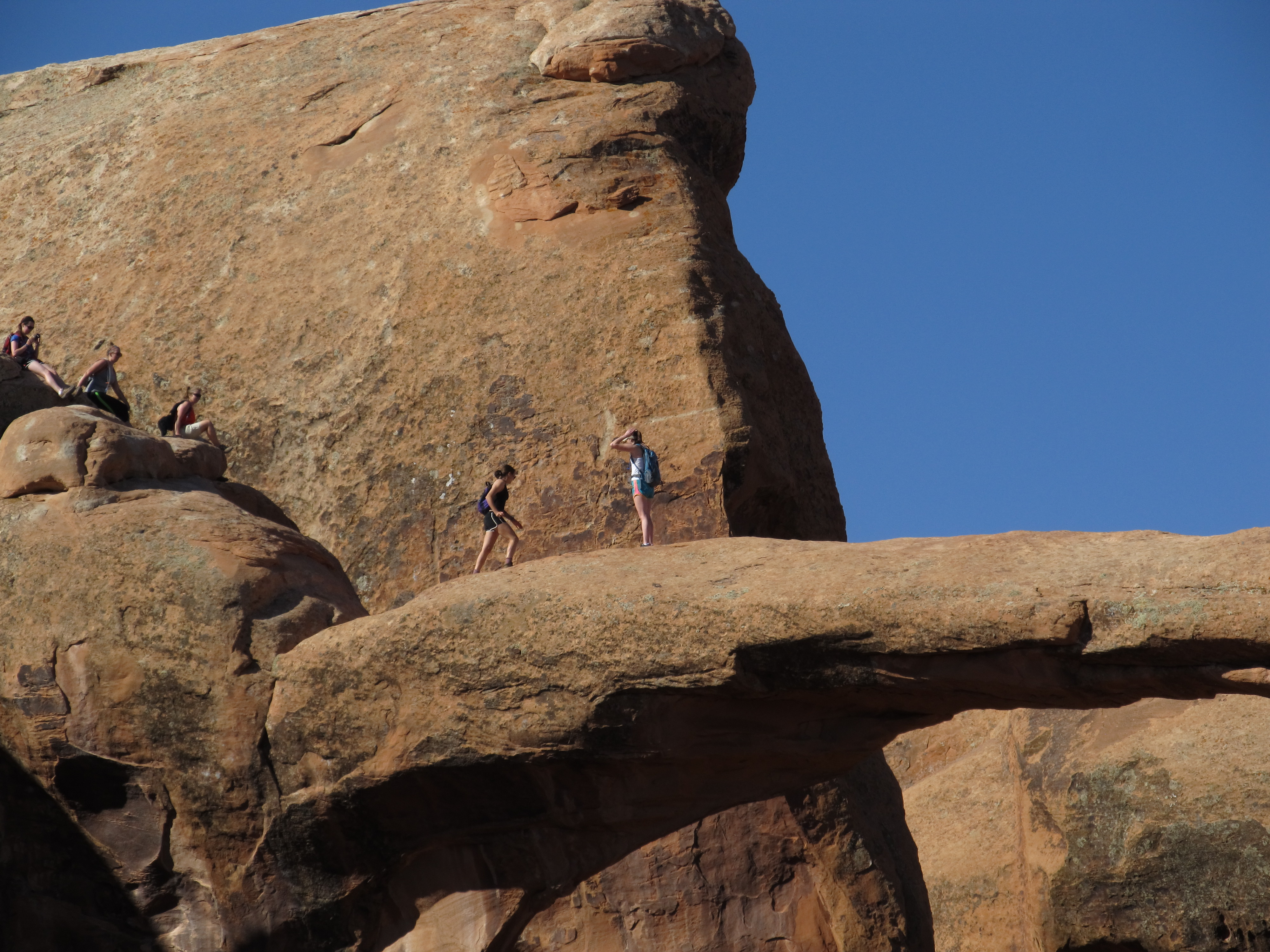 File:Double O Arch, Devils Garden Trail, Arches National Park, Moab ...