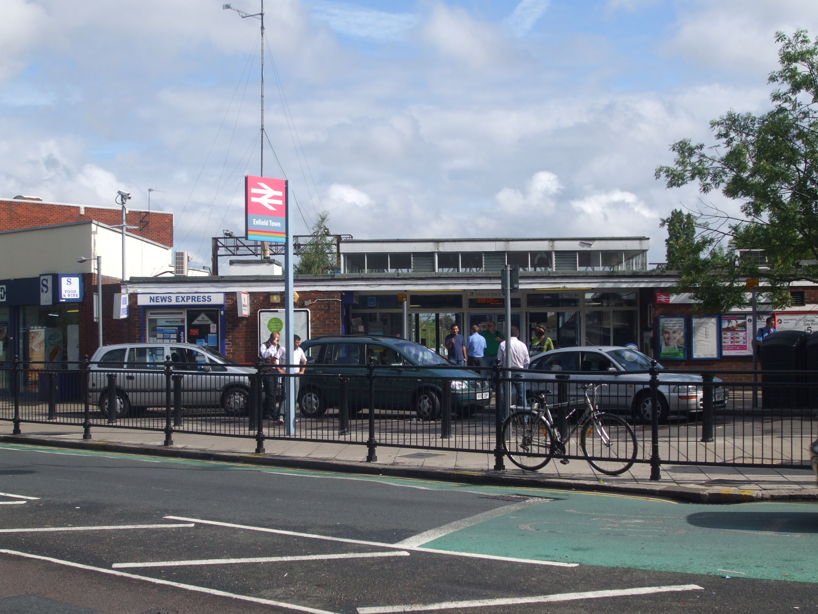 Enfield Town Centre Enfield Town Railway Station
