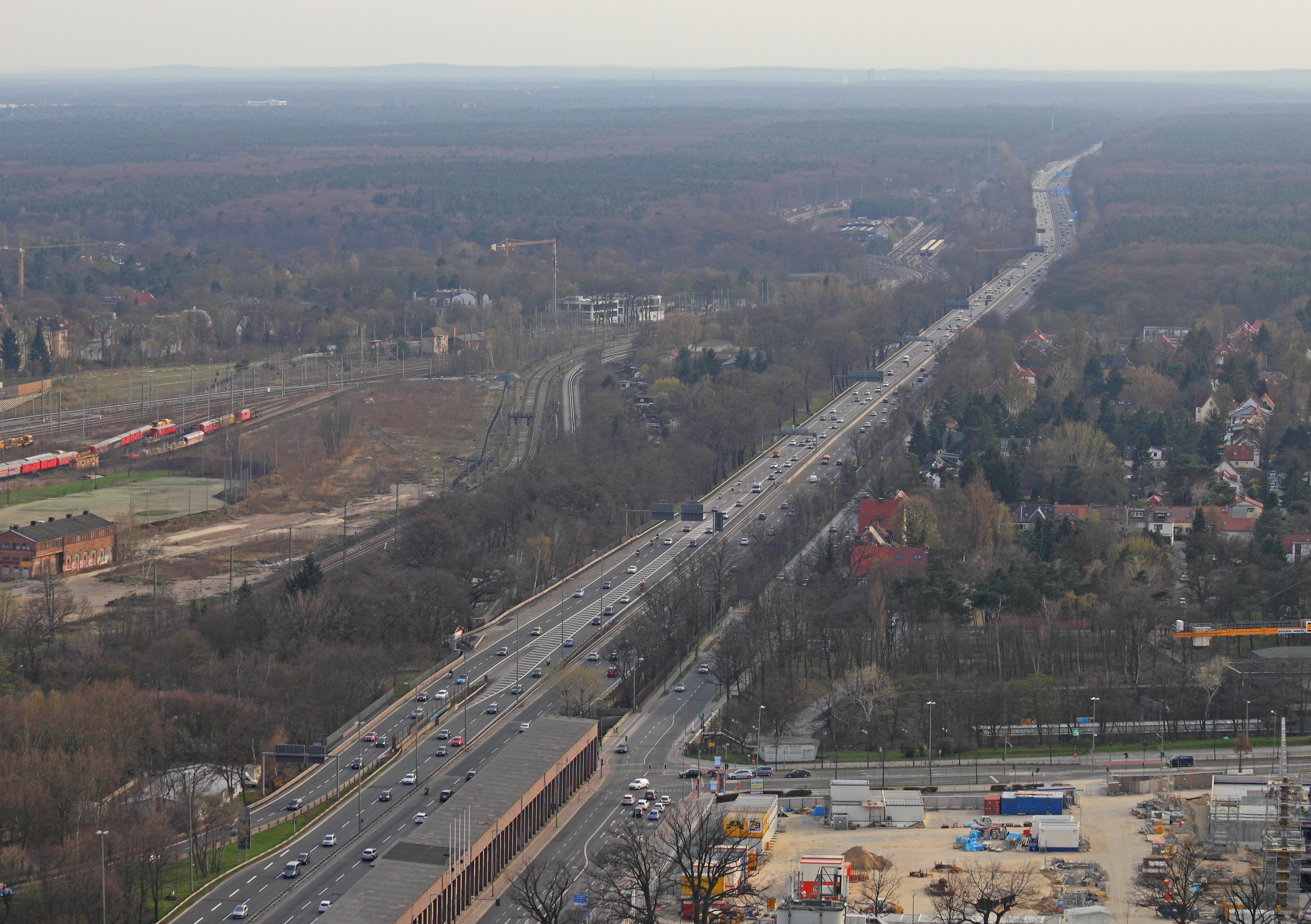 Funkturm Berlin View 14.jpg