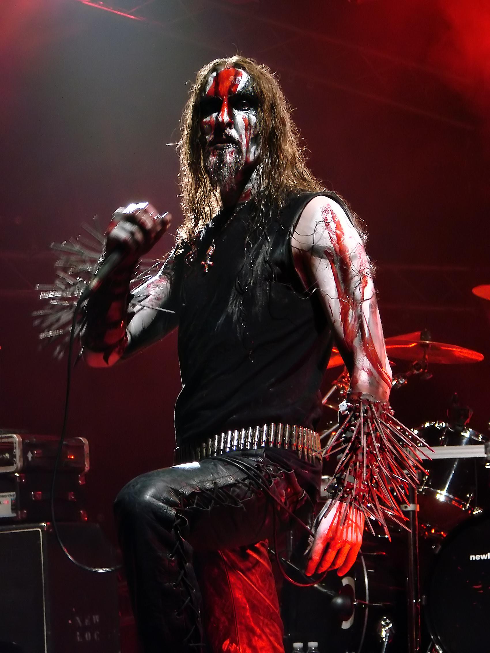 Black Metal King Platform Bed