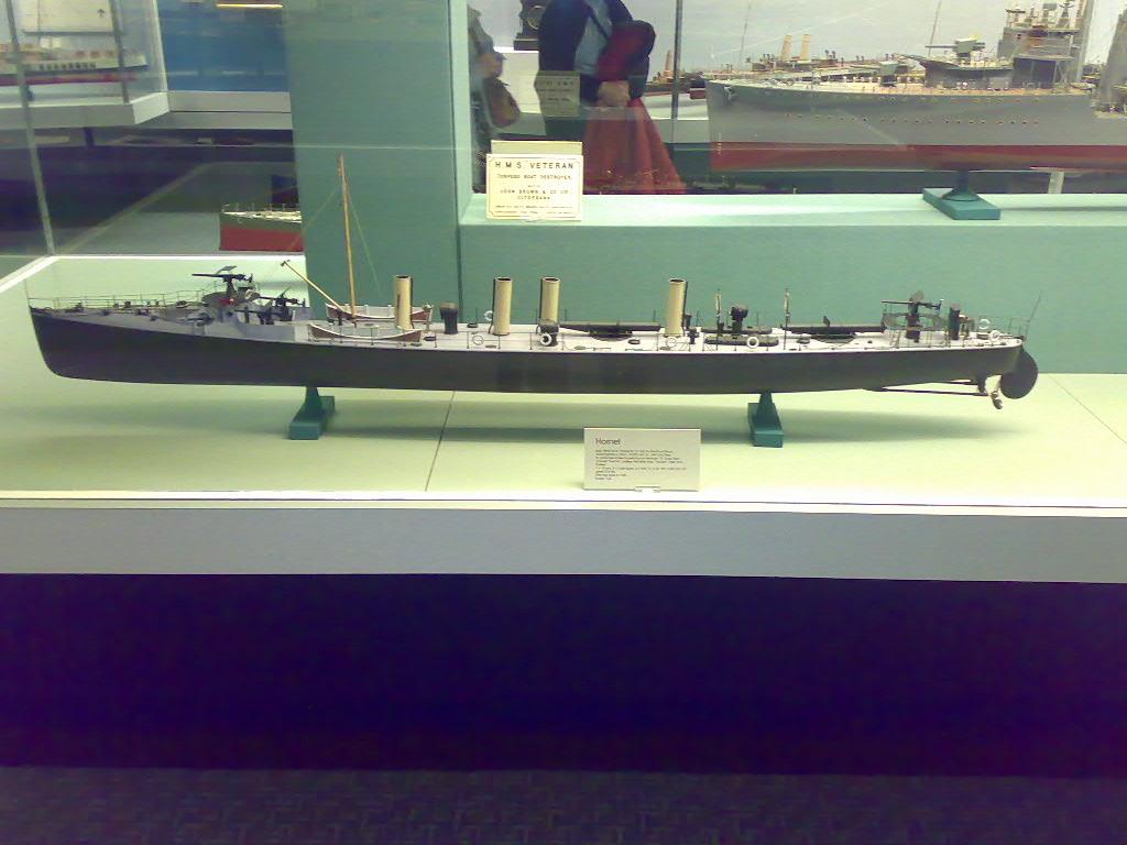 HMS_Hornet_model_side.jpg