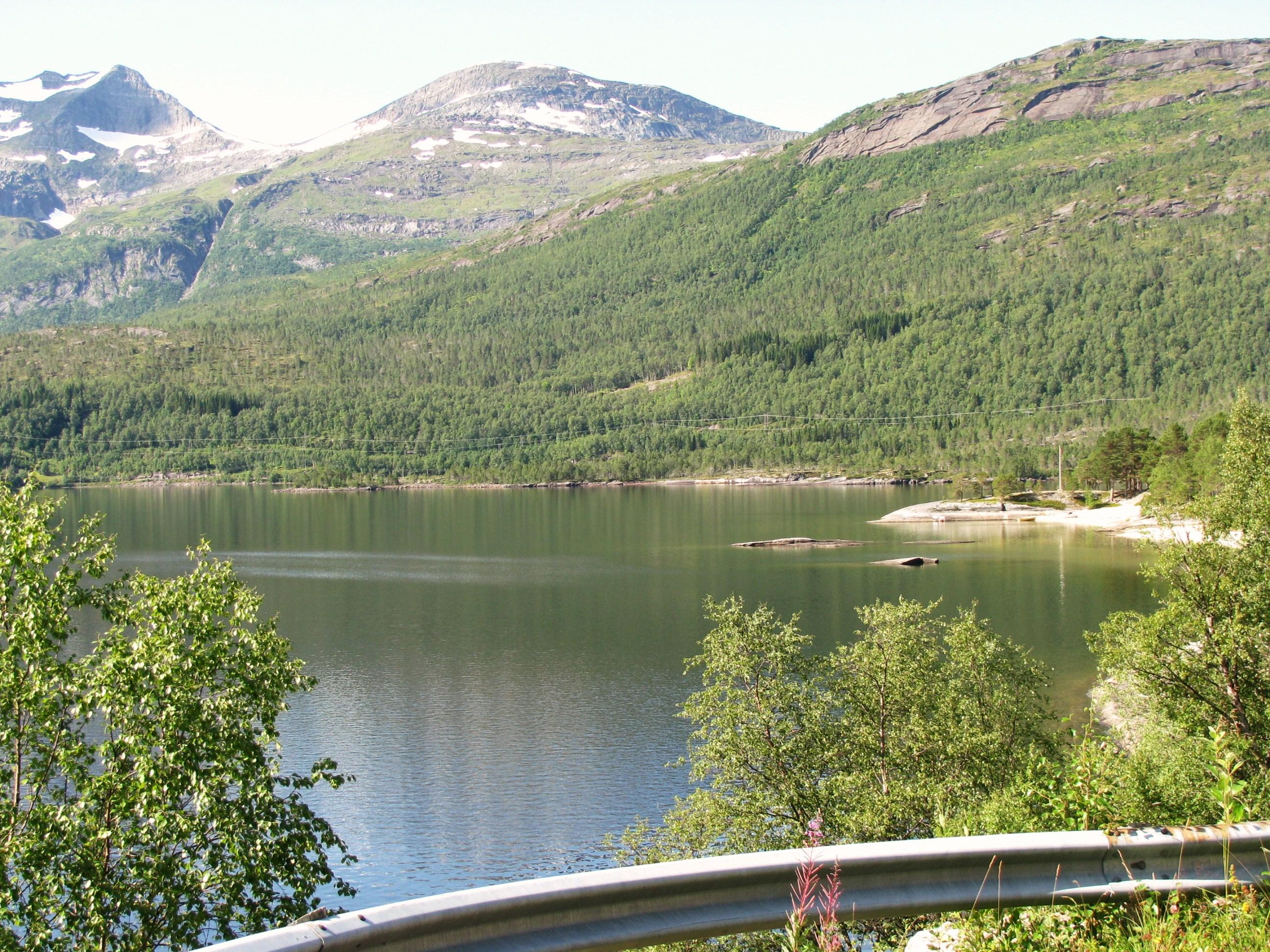 File:Hamarøy-mountains-lake-beach-adj.JPG