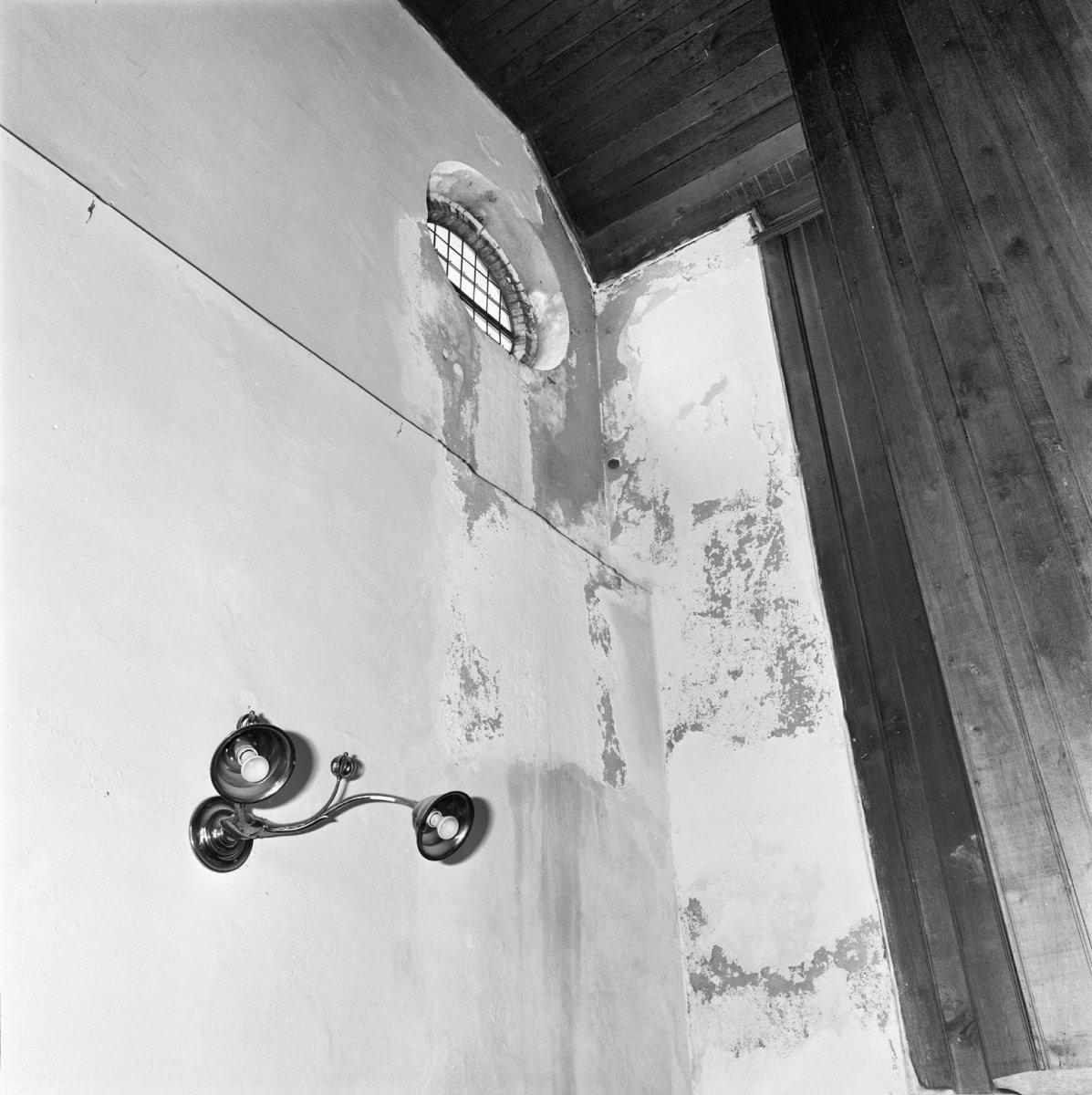 File interieur dwarstransept schade stucwerk katwijk for Interieur appartement aan zee