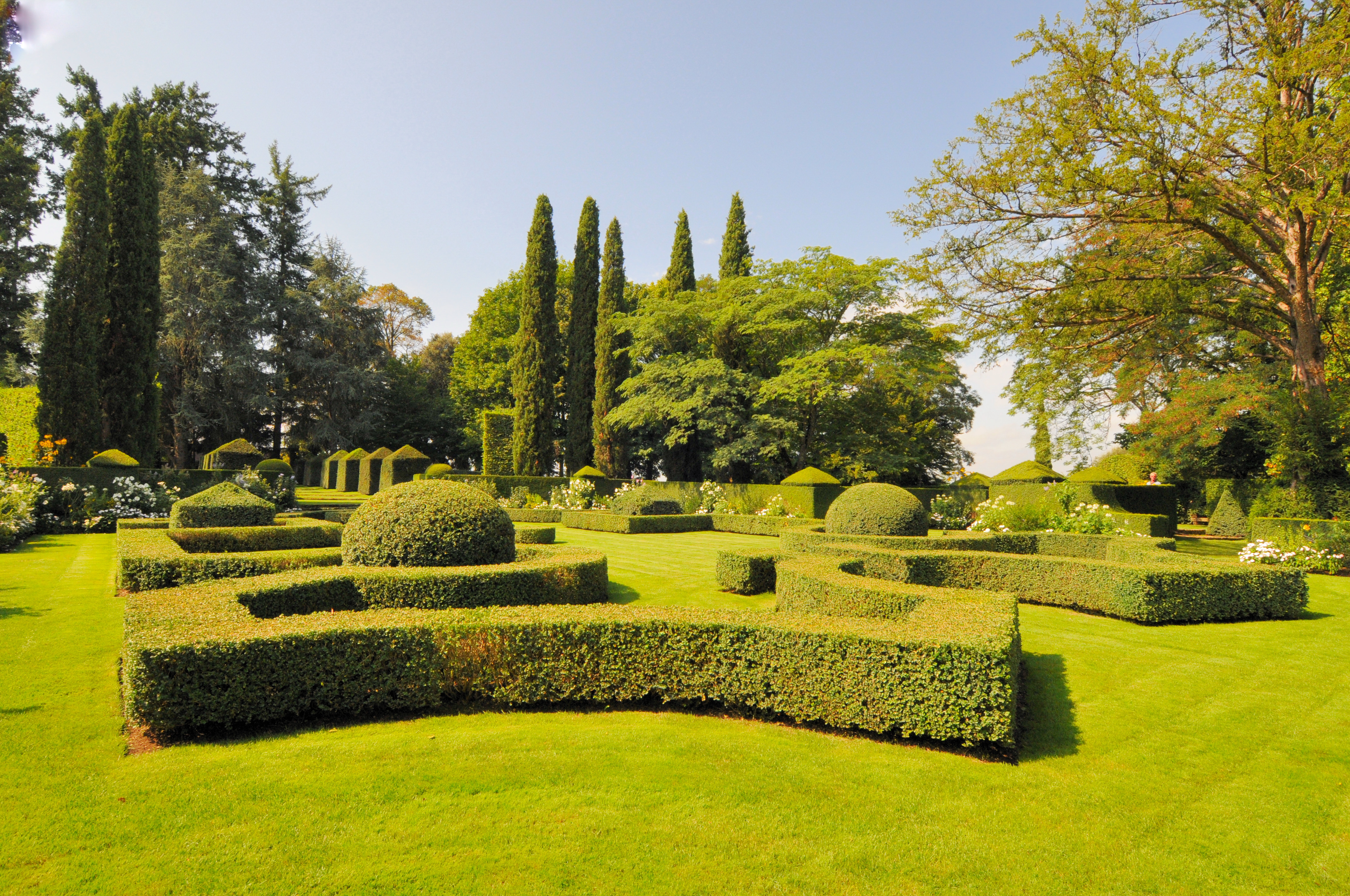File Les Jardins du Manoir D Eyrignac 879 Wikimedia mons