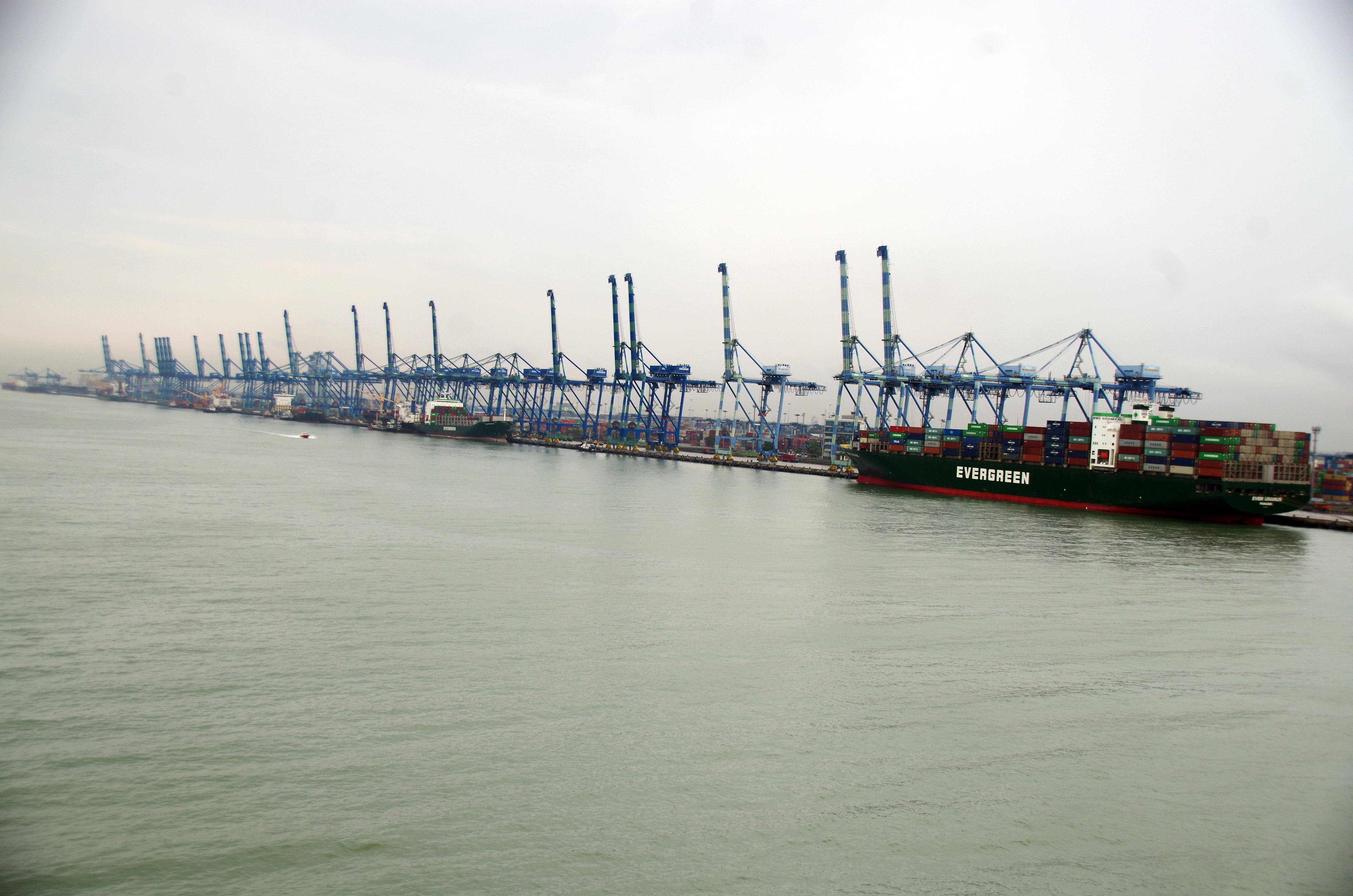 Picturesque Myport Photo Of File:my-port-klang-containerhafen.jpg