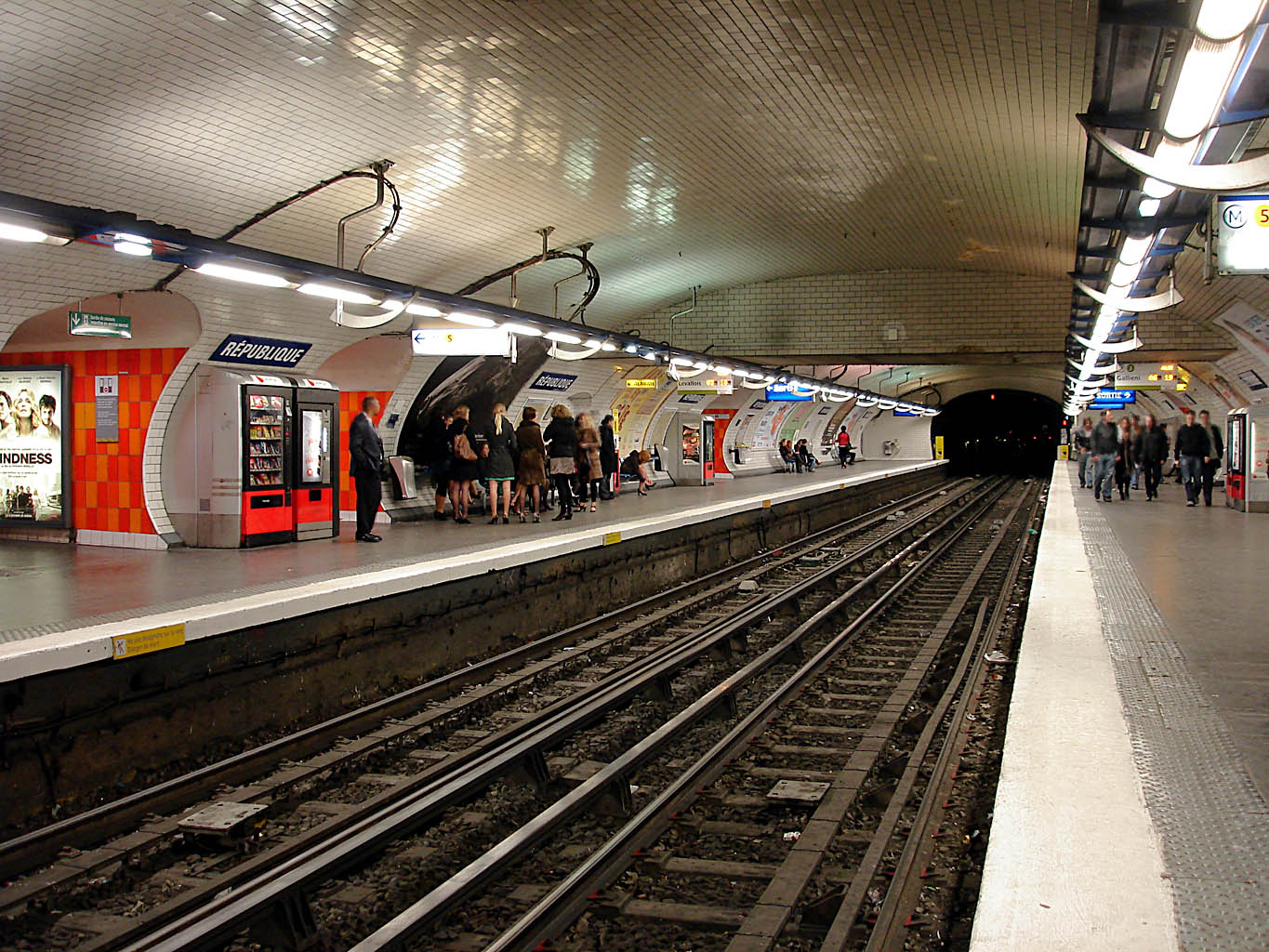 fichier metro de paris ligne 3 republique wikip dia. Black Bedroom Furniture Sets. Home Design Ideas