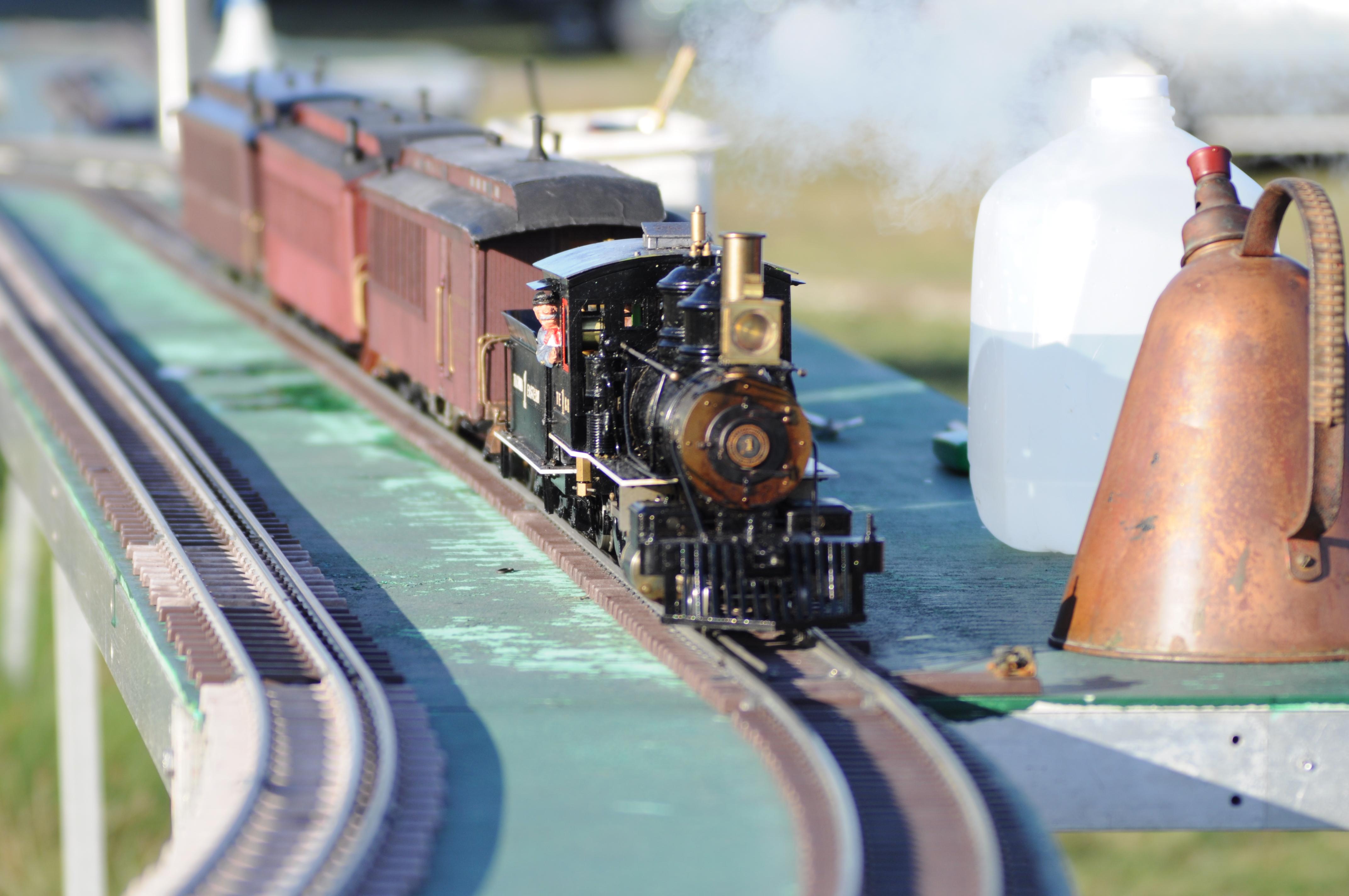 File:Model steam train 04.jpg - Wikimedia Commons