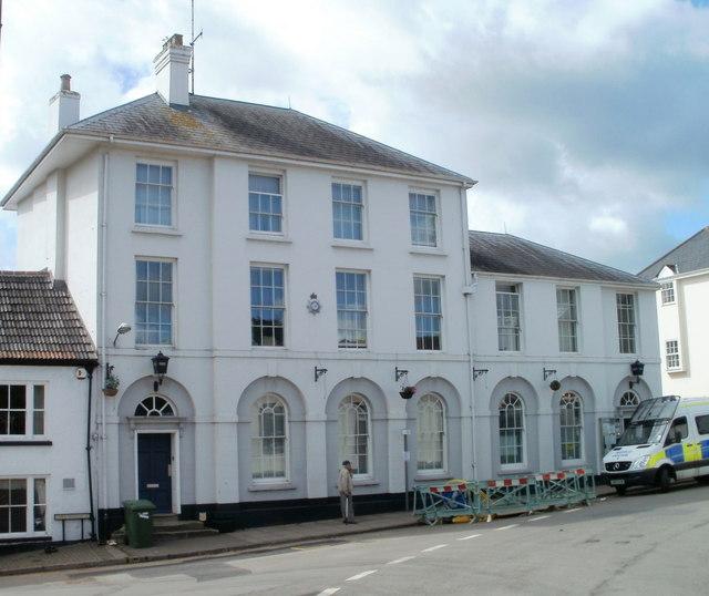 मॉनमाउथ पुलिस स्टेशन
