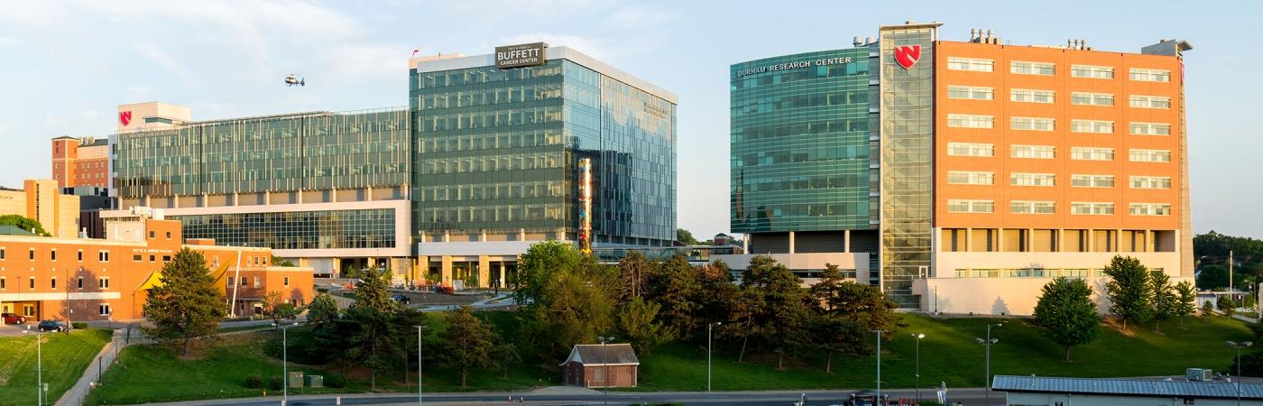 File:Nebraska-medicine-unmc-fred-pamela-buffett-cancer-center-pp3001-exterior-hero.jpg - Wikimedia Commons