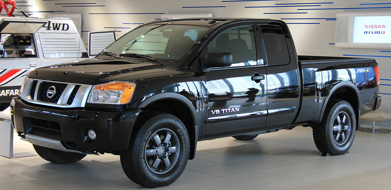 File:Nissan Titan Crew Cab Pro-4X Flex Fuel.jpg ...