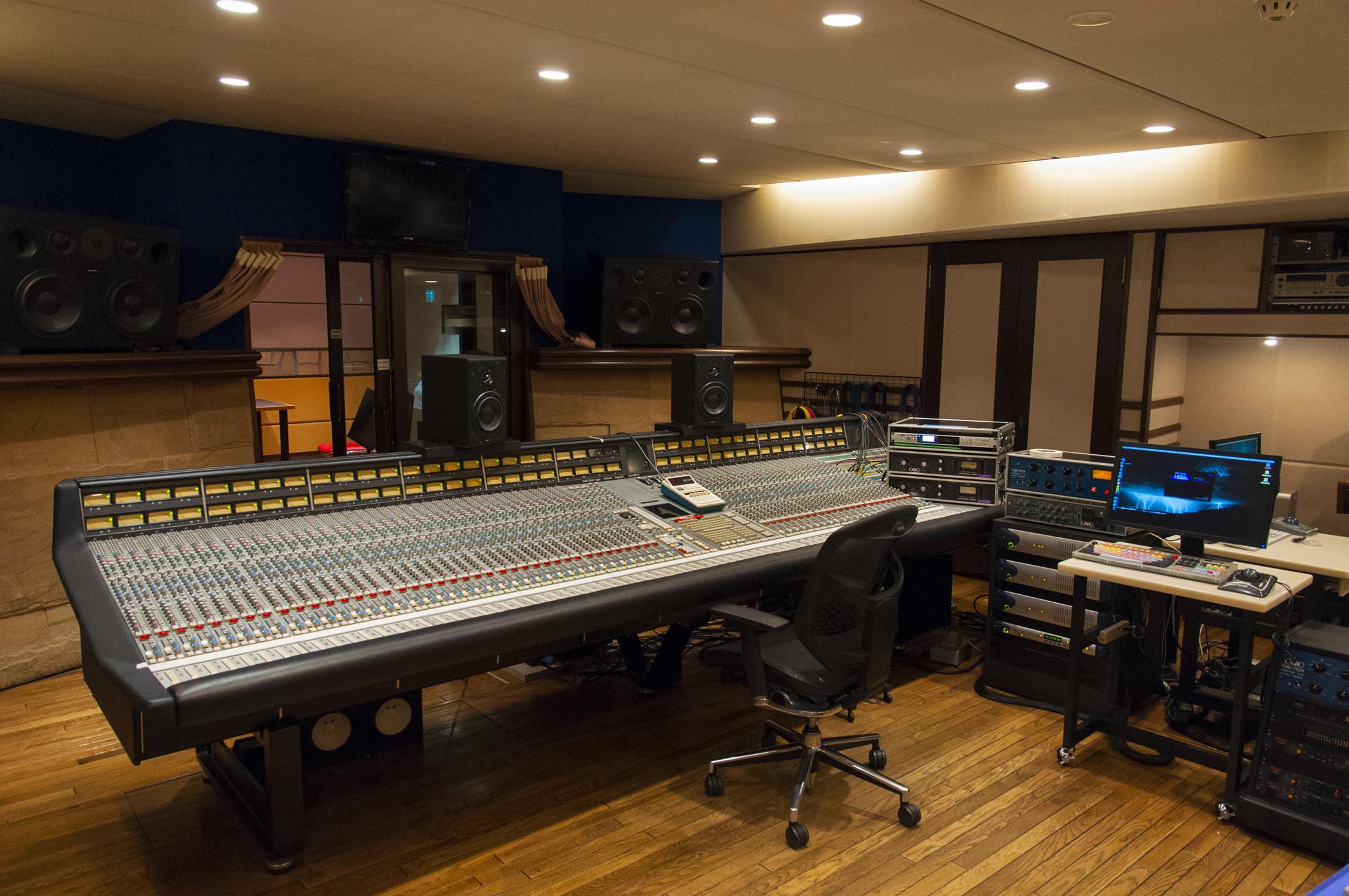 Custom Design Studio Jay Z