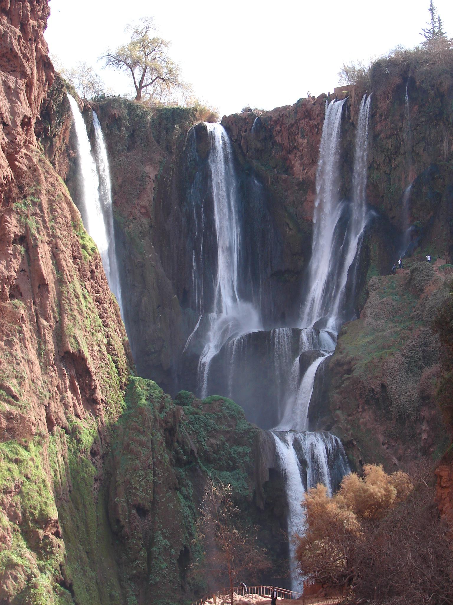 بني ملال المغربية Ouzoud_Waterfall.jpg