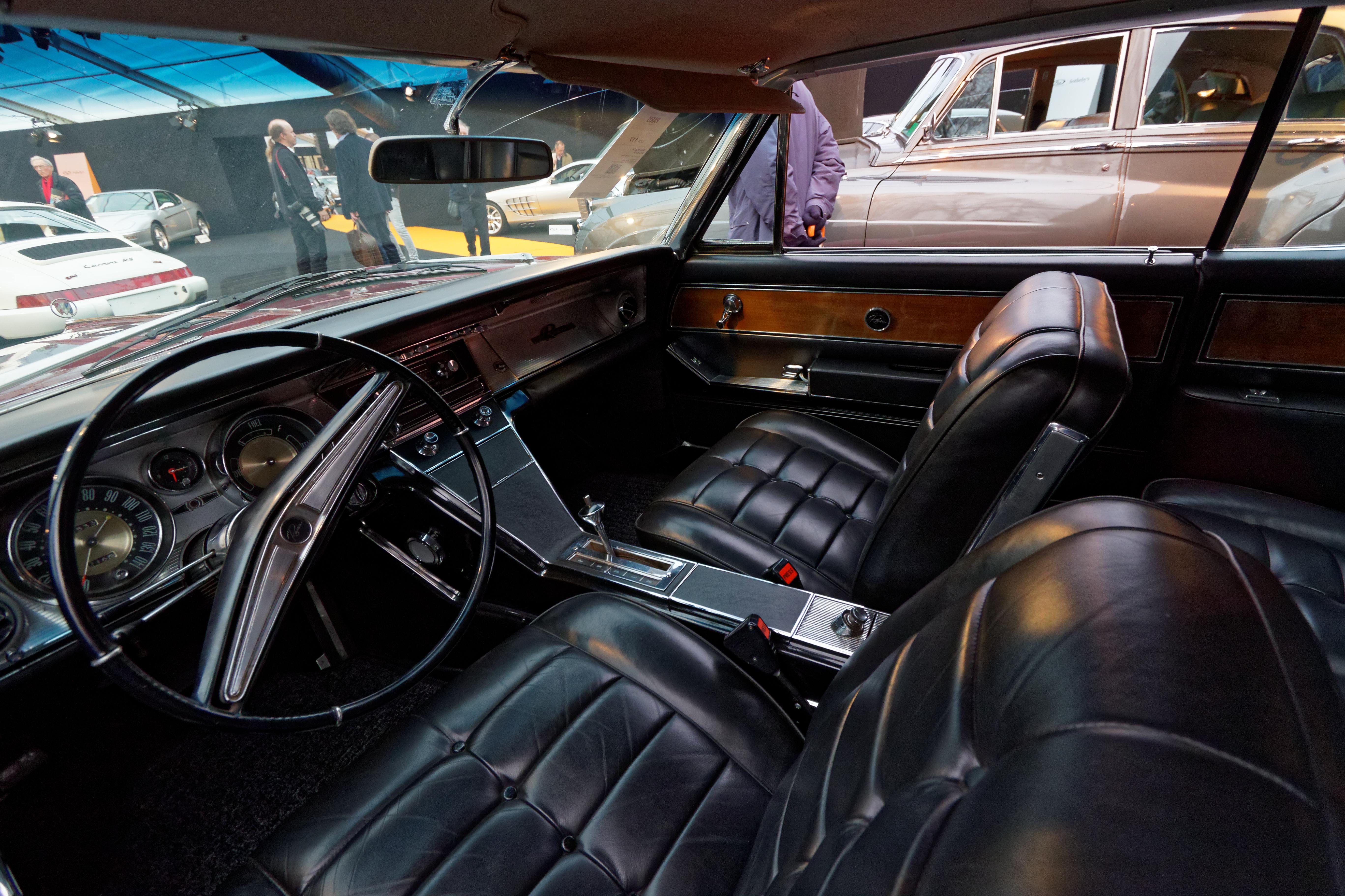 File Paris RM Sotheby s 2016 Buick Riviera 1963 005