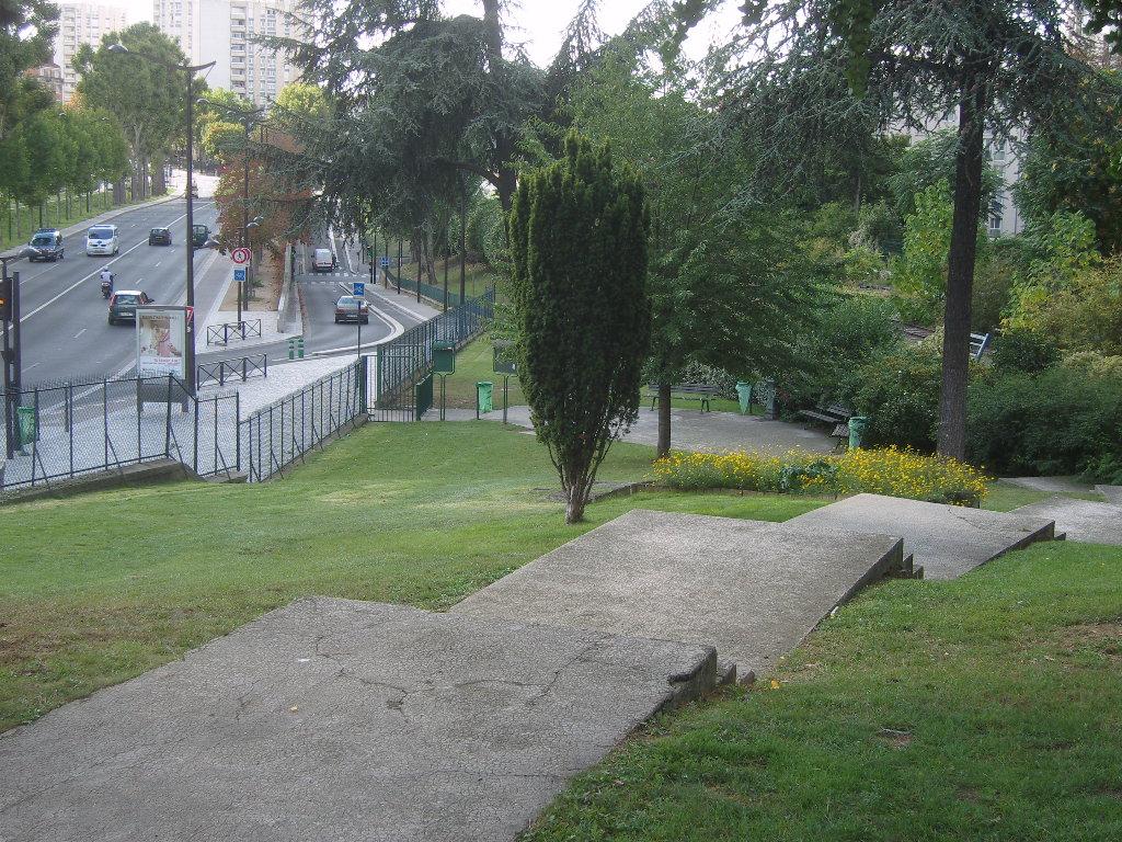 Jardin de la poterne des peupliers wikip dia for Le jardin 21 rue de la federation