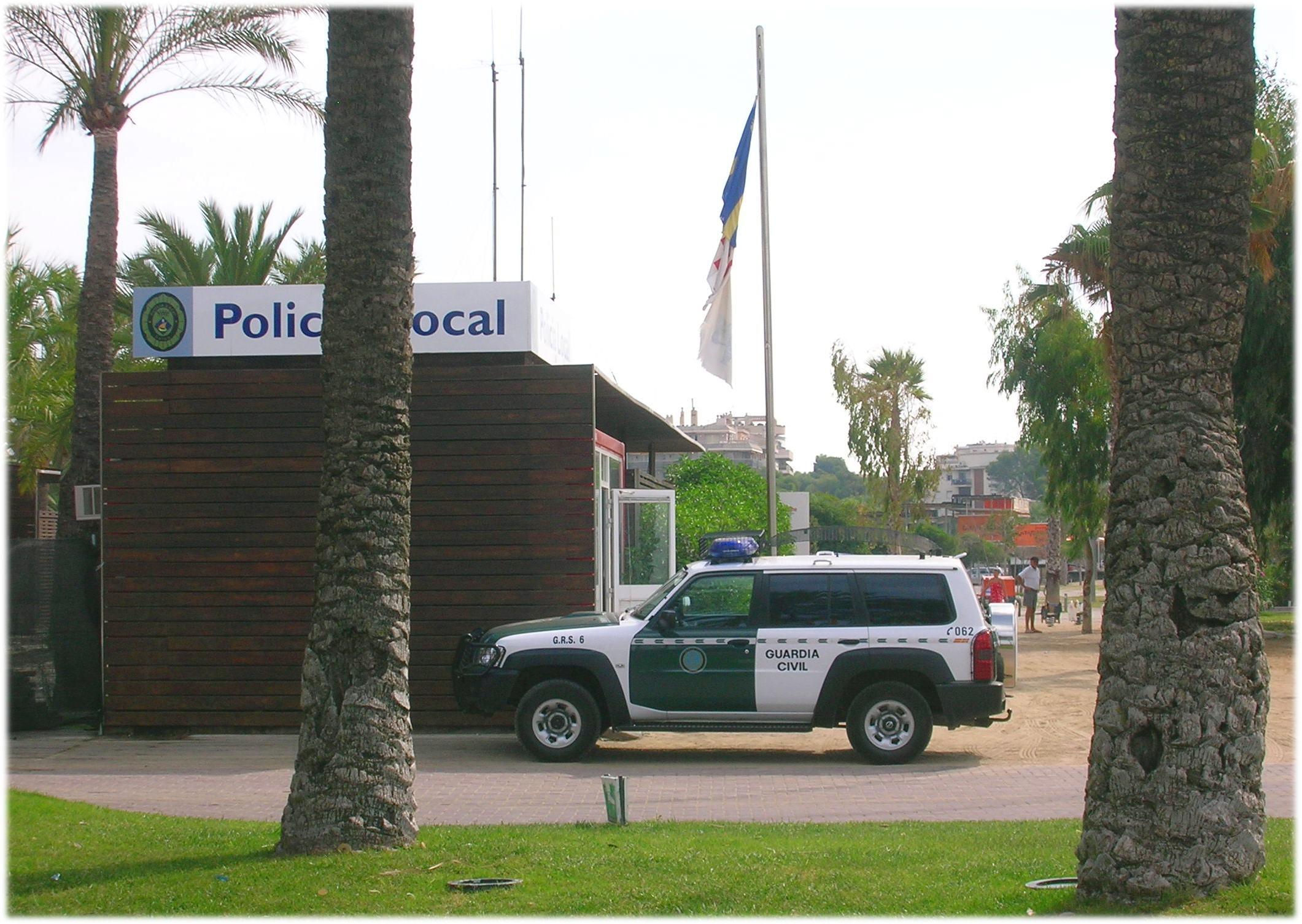 Patrol Guardia Civil Salou.jpg