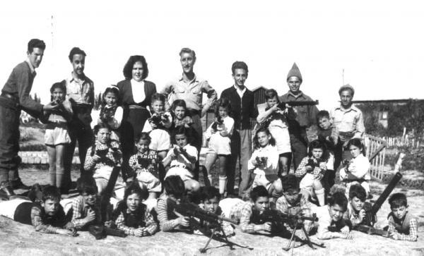 ילדי הקיבוץ וחיילי גבעתי