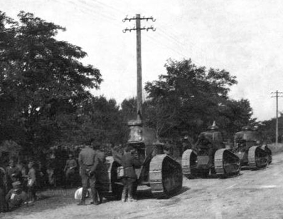 Column of Polish FT-17 tanks