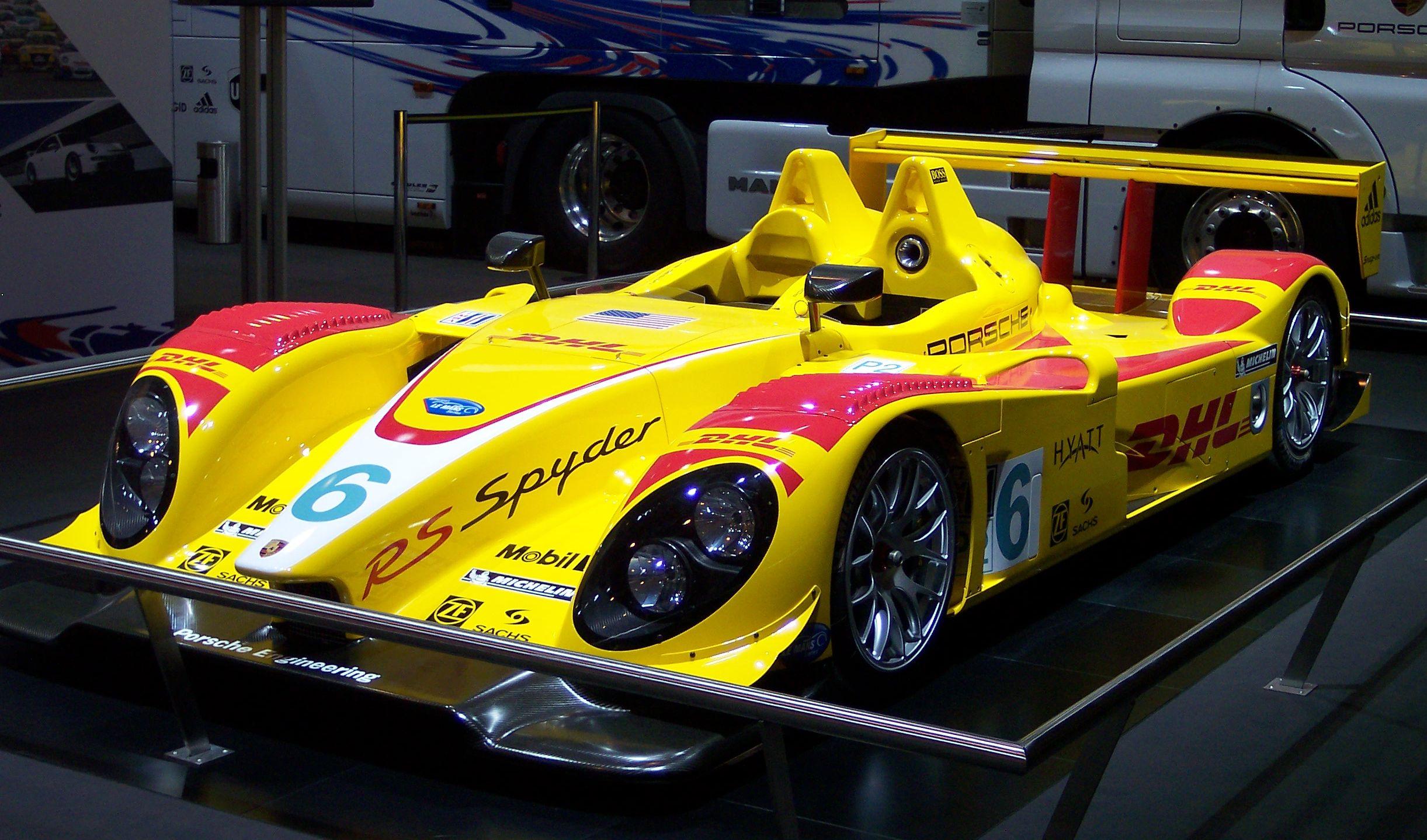 Http Www Porsche Com Specials En Us Usa Porsche Classic Car Care Set
