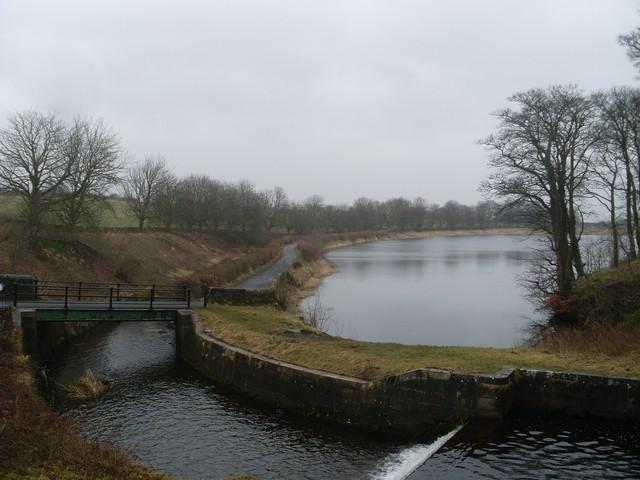 Ryat Linn Reservoir - geograph.org.uk - 1770551