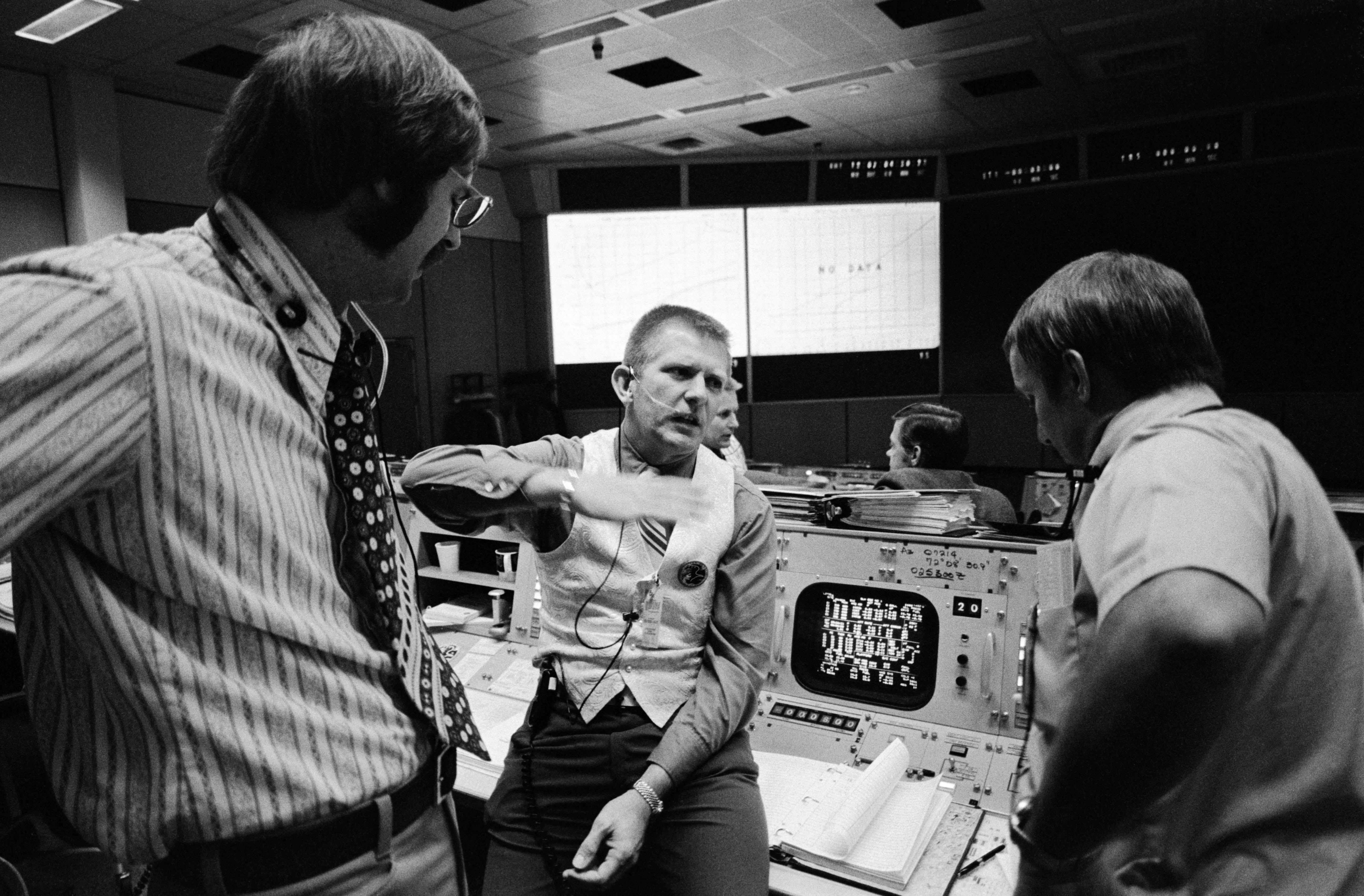 1970s NASA Apollo 13 Mission - Pics about space