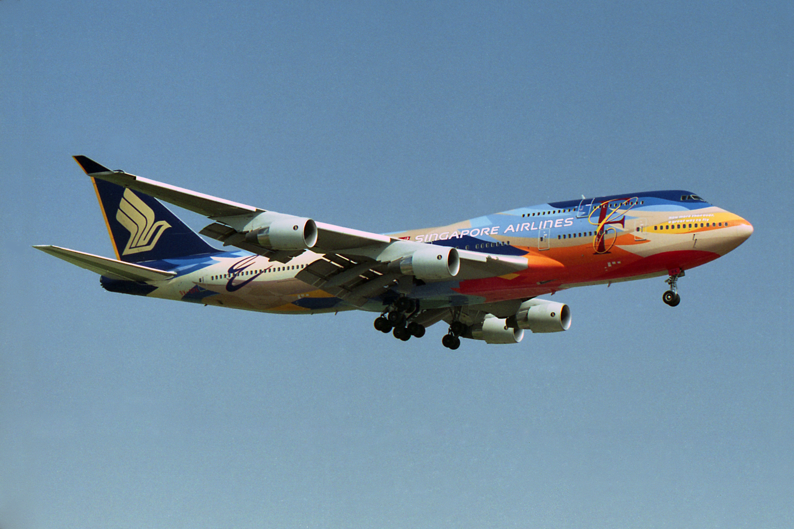 Filesingapore Airlines Boeing V Spk Special Tropical Colors  Jpg