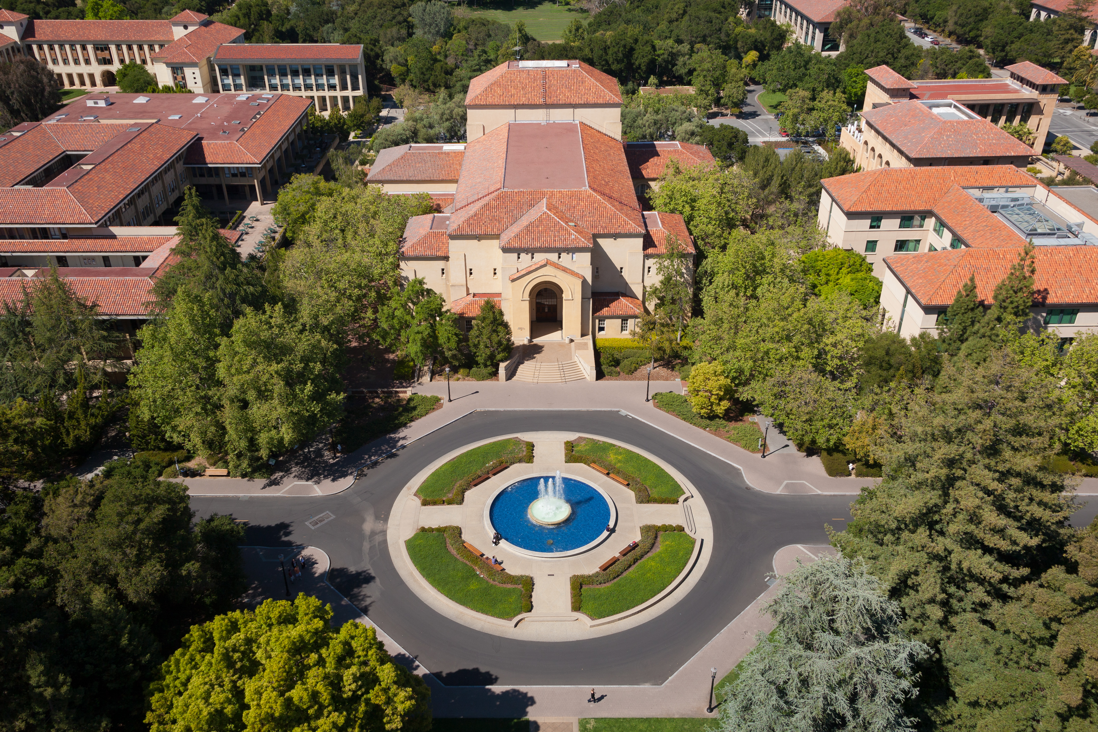 stanford university essays that worked Earlier this month, stanford university invited him to join its class of 2021 while this alone is a huge and rare honor, what generated headlines was the essay on ahmed's application.
