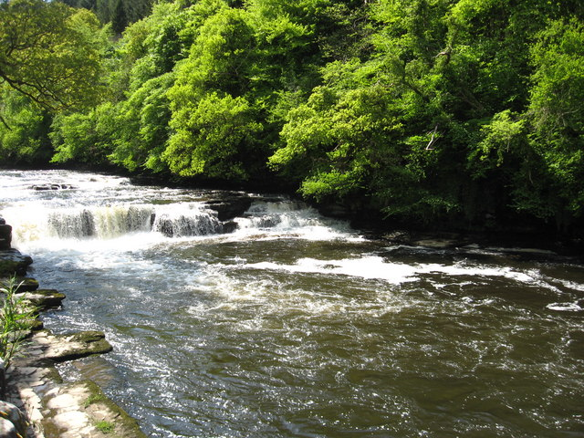 The Falls of Clyde at New Lanark - geograph.org.uk - 1319606