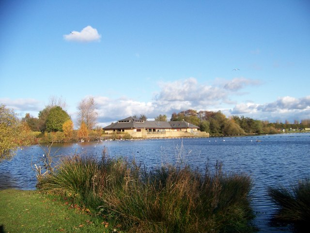The Visitor Centre at Lochend Loch, Drumpellier Country Park - geograph.org.uk - 1033050