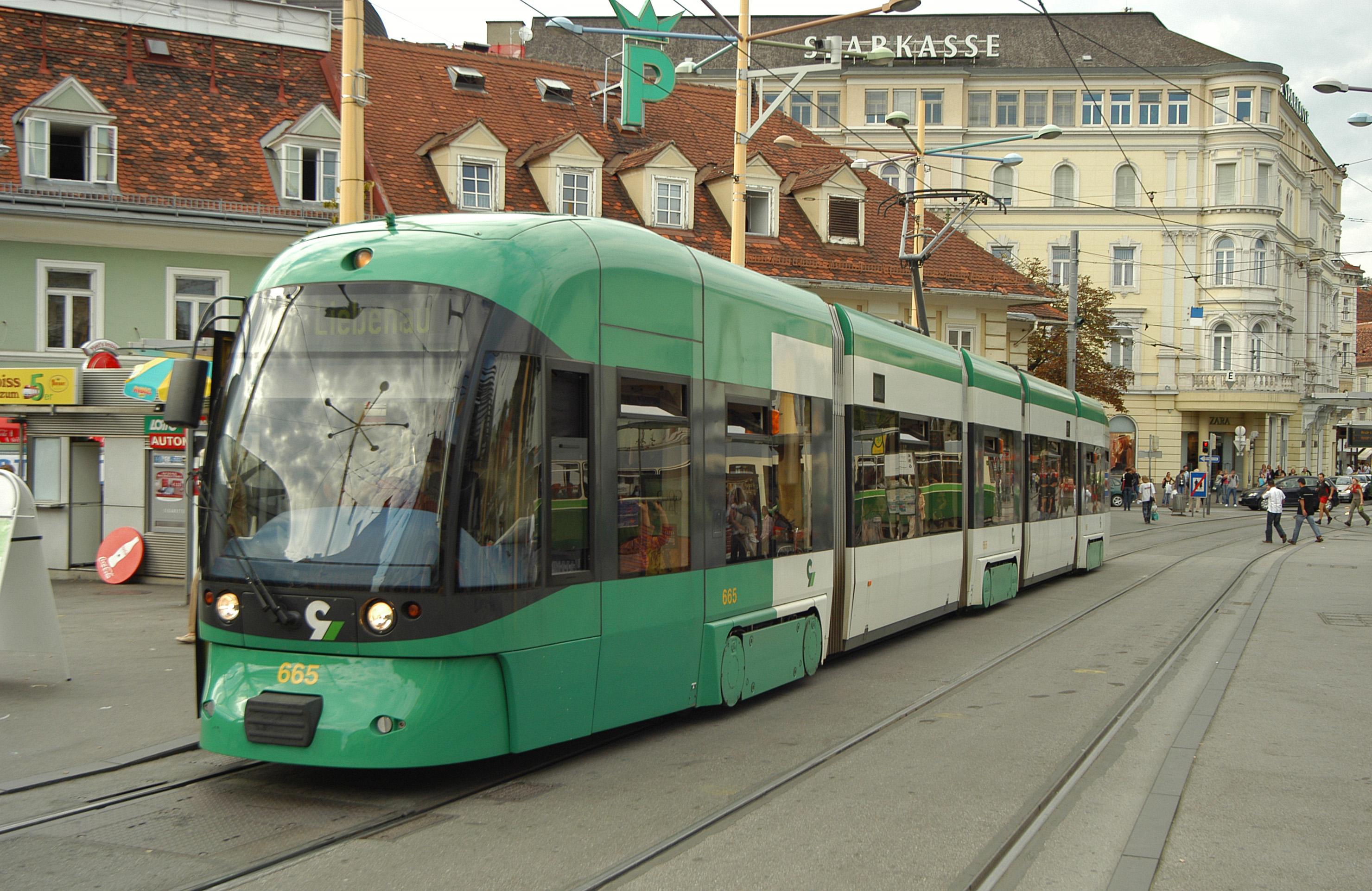 Straßenbahn Cityrunner, Jakominiplatz