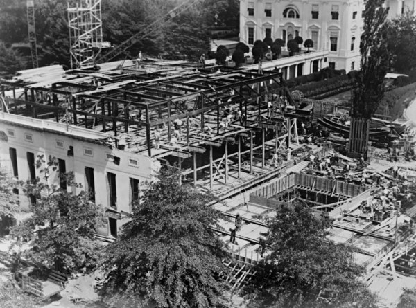 West-wing-1934-construction.jpg