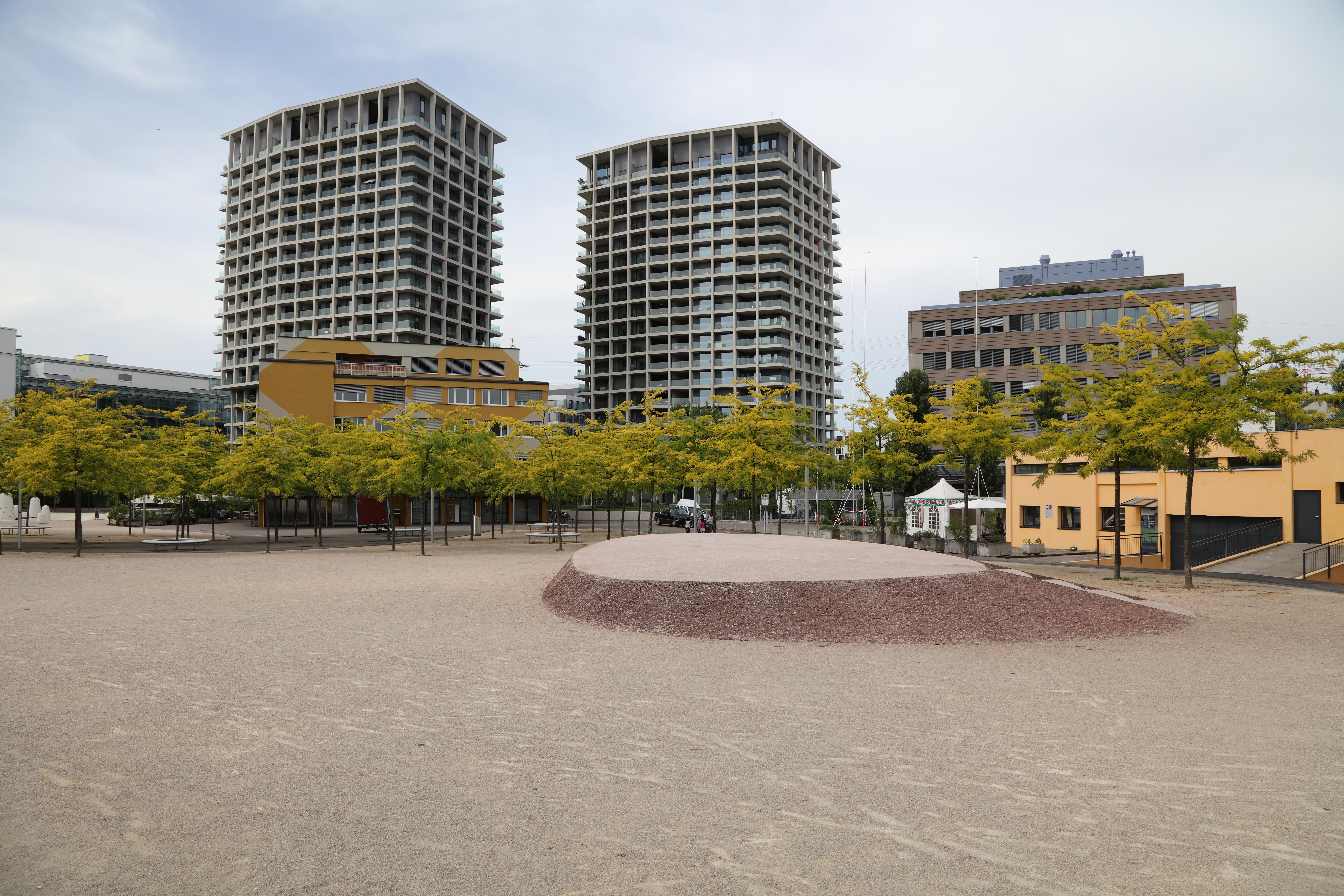 Zürich-Oerlikon Leutschenpark 1K4A3238.jpg