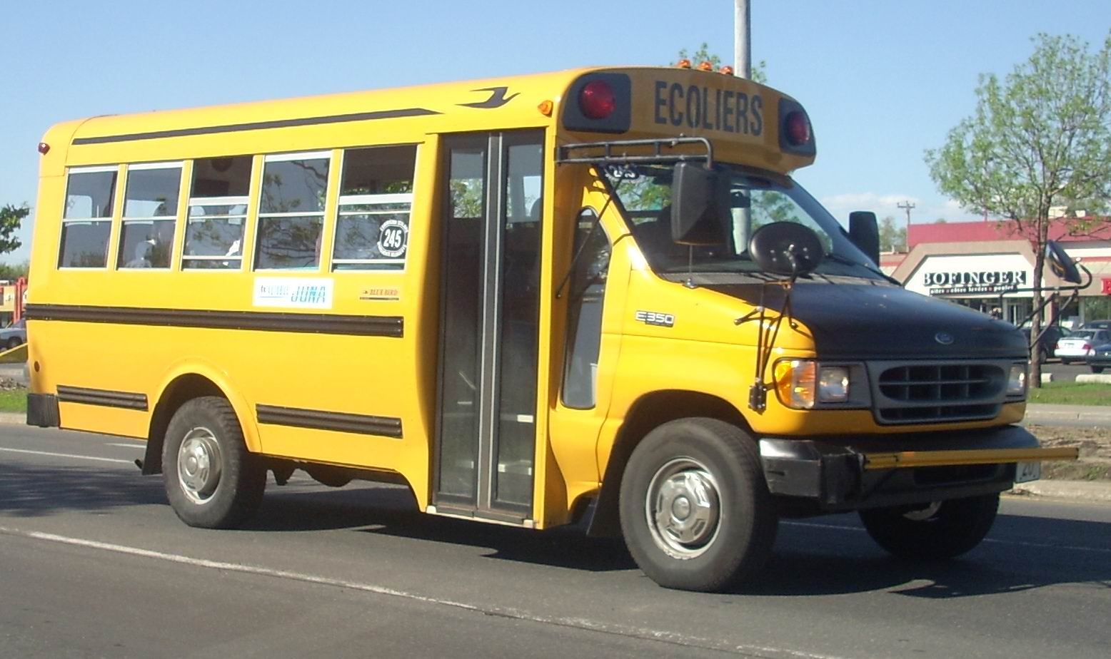 File 00 02 Ford E 350 School Bus Jpg Wikimedia Commons