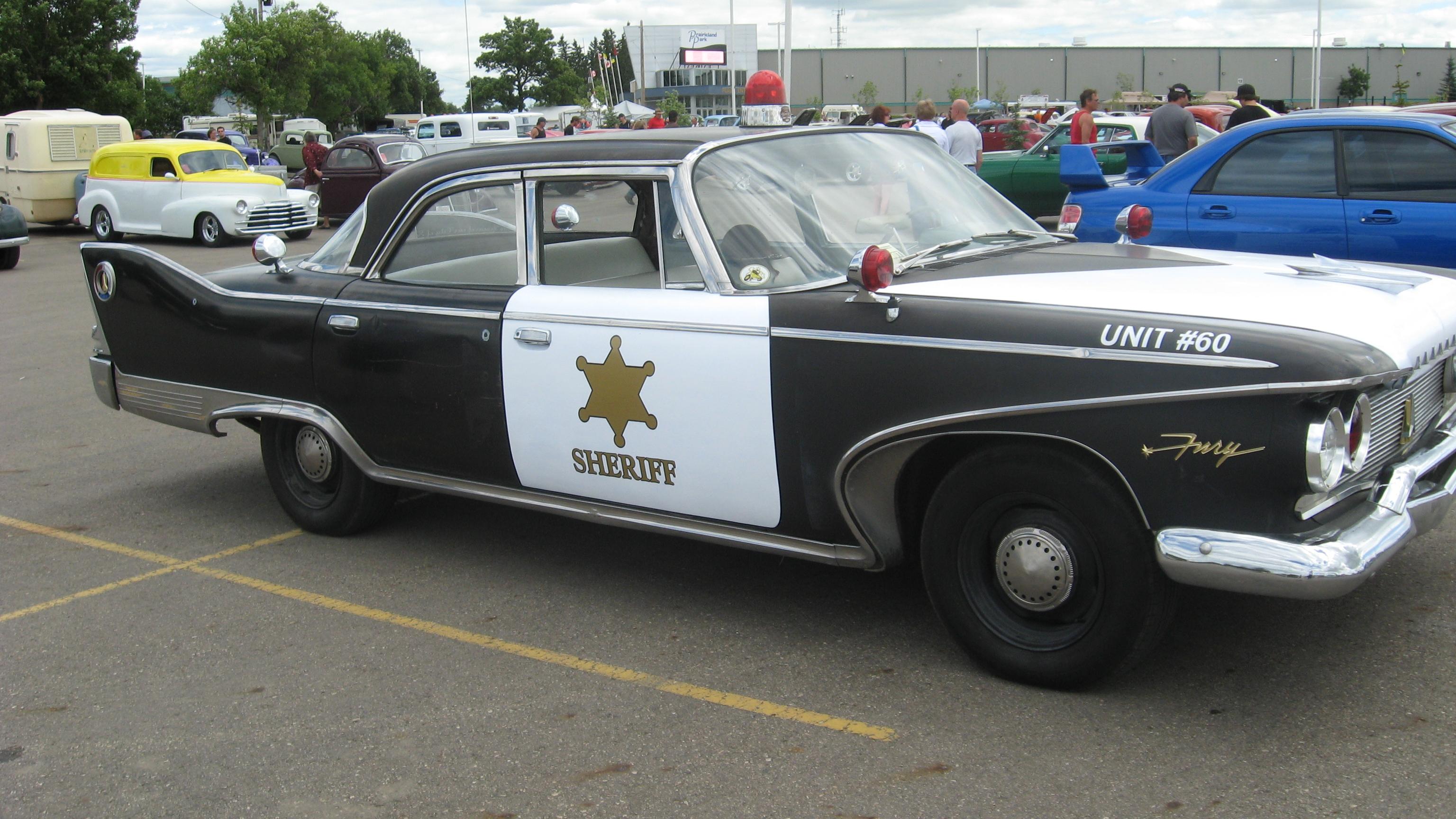 Anniversaire de  Fireheaters 1960_Fury_police_car