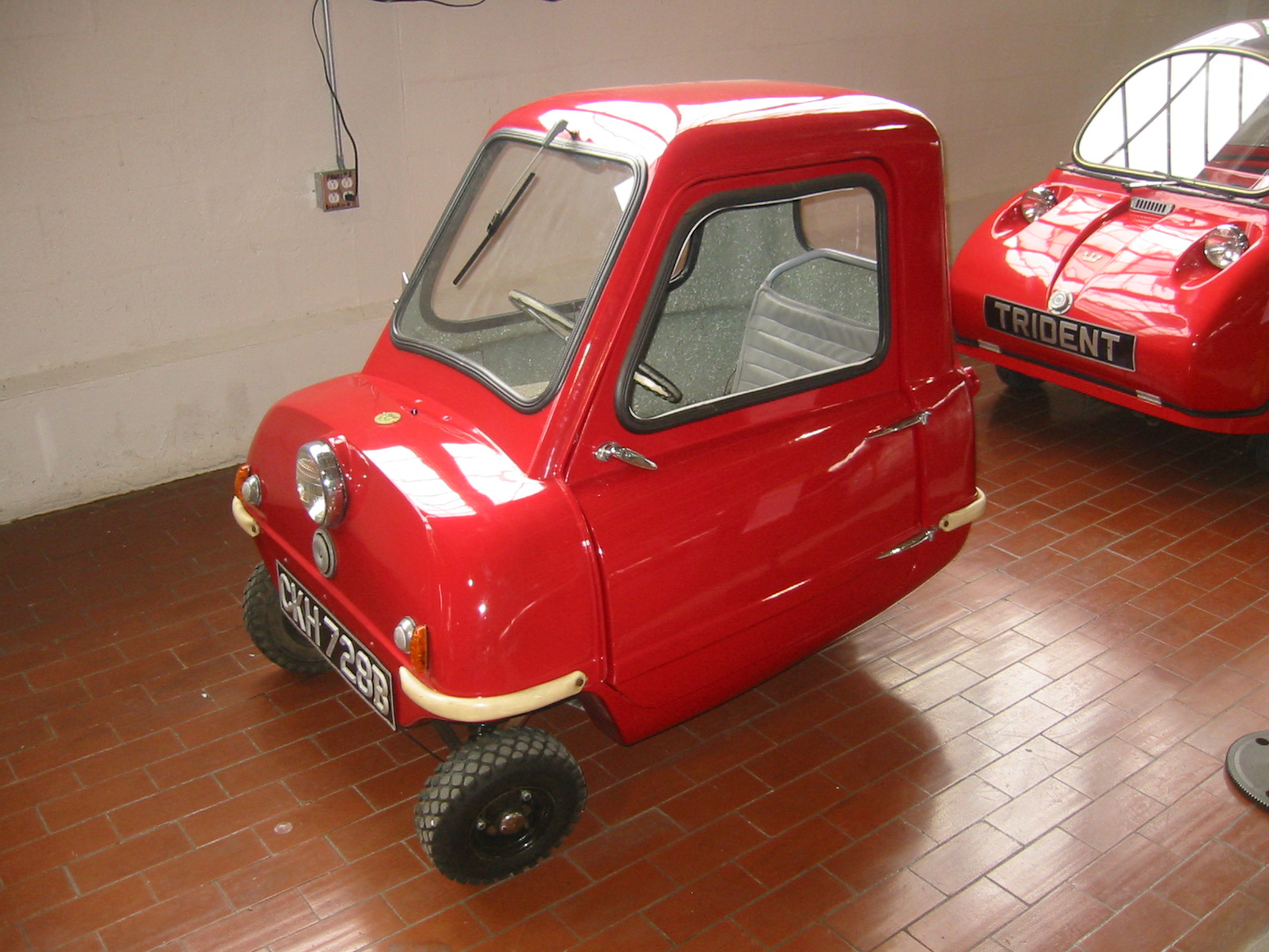 1965_Peel_P50,_The_World's_Smallest_Car_