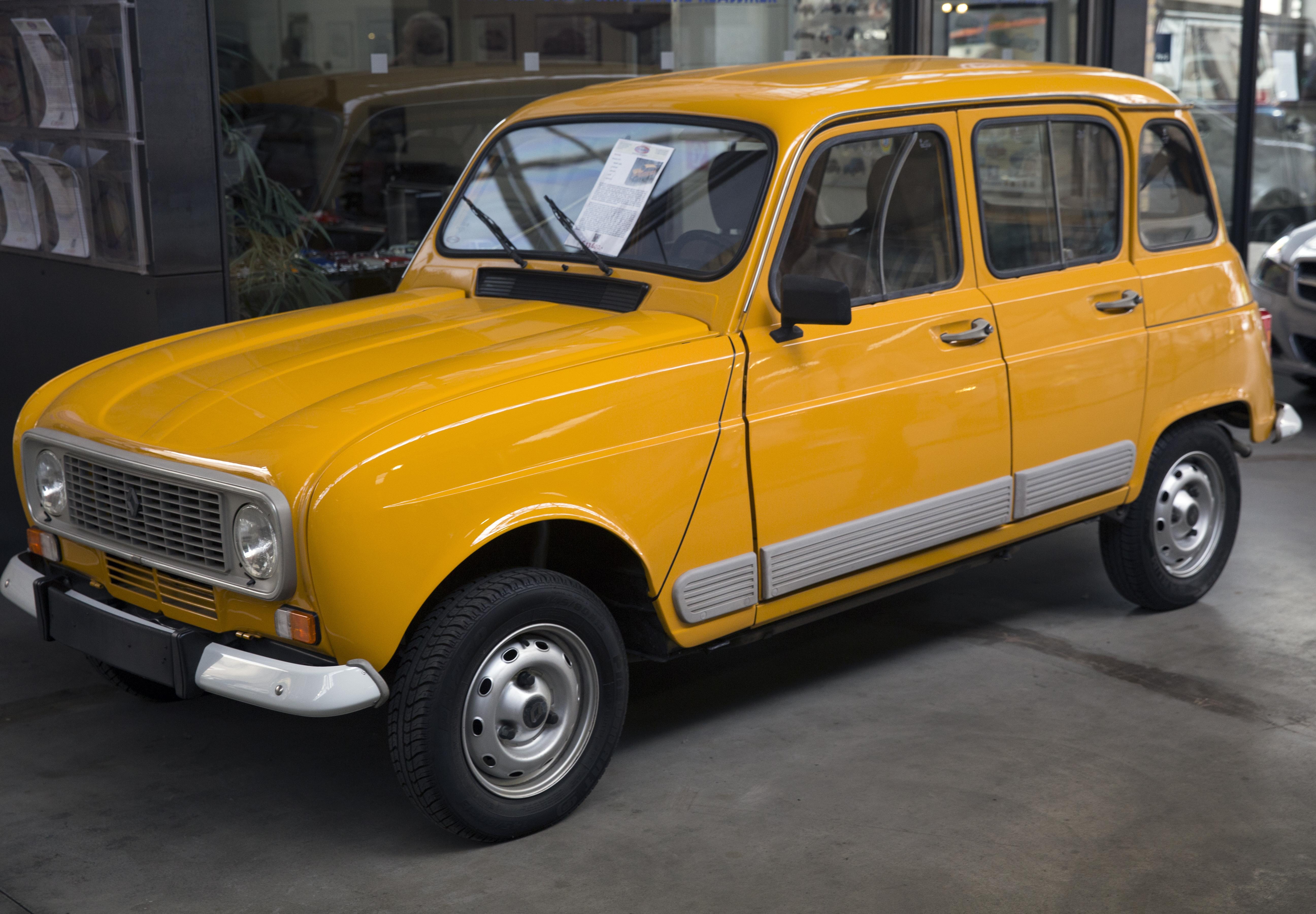 File 1984 Renault 4 Gtl  Front Left  Germany  Jpg
