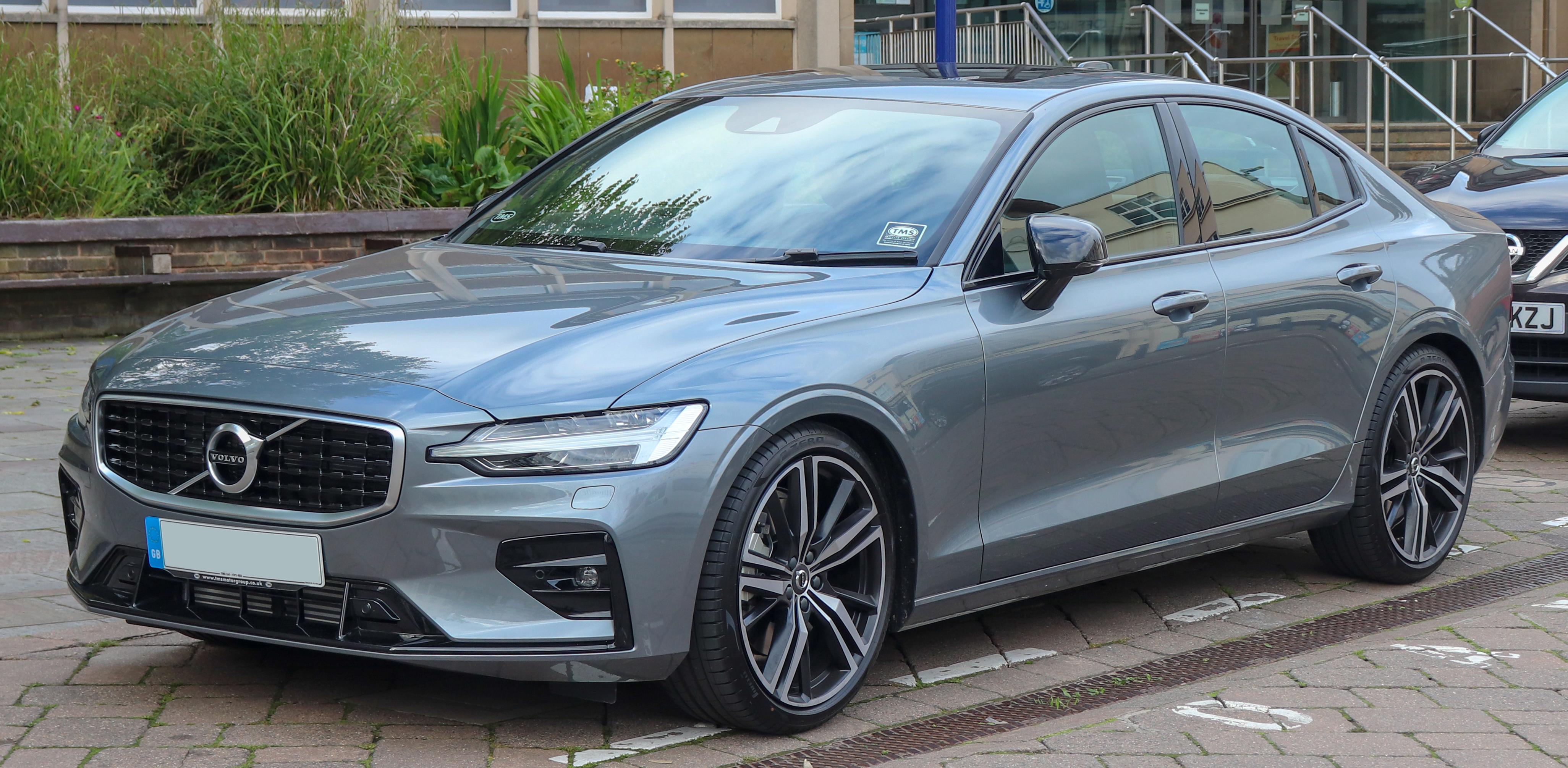 Tiedosto 2019 Volvo S60 R Design Edition T5 Automatic 2 0